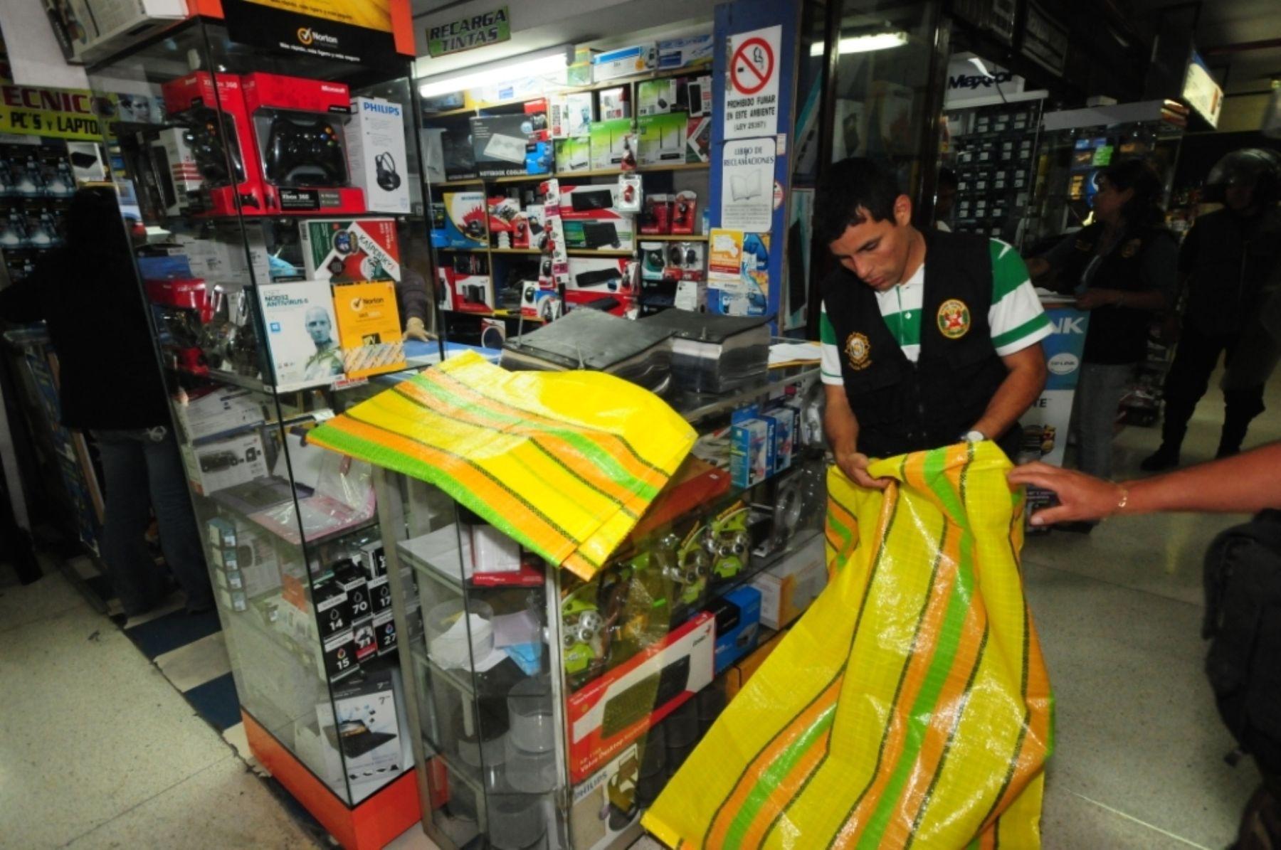 Decomiso de productos piratas.Foto:  ANDINA/Difusión.