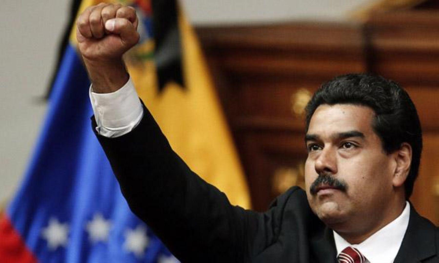 Dictan prisión preventiva contra presidente Maduro — Colombia