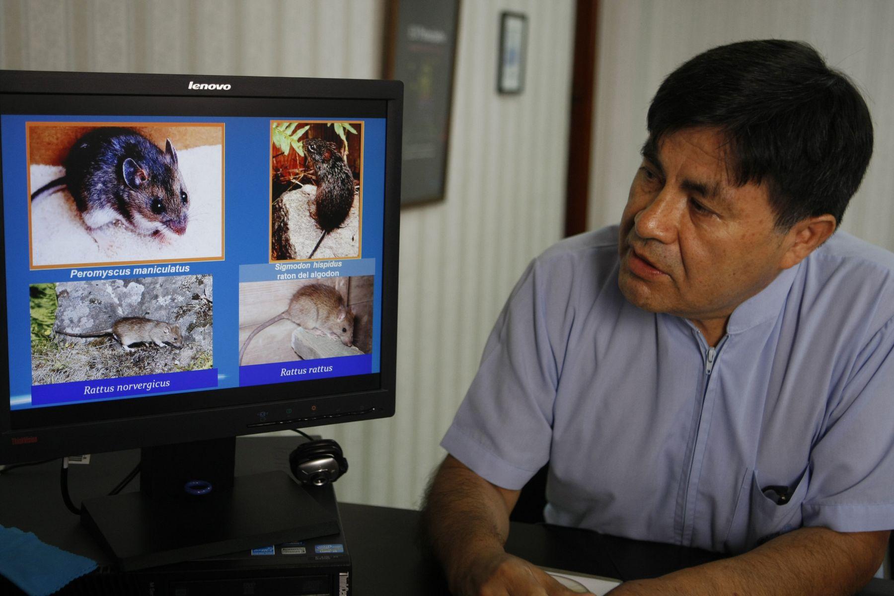Director del INS César Cabezas informa sobr casos de Hantavirus detectados en Lima. ANDINA/Norman Córdova