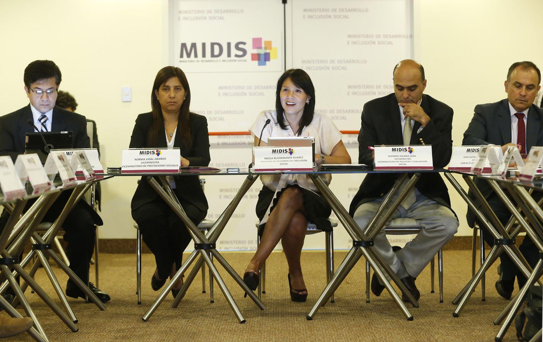 Ministra Paola Bustamante y agencias de cooperación internacional. Foto: Midis.