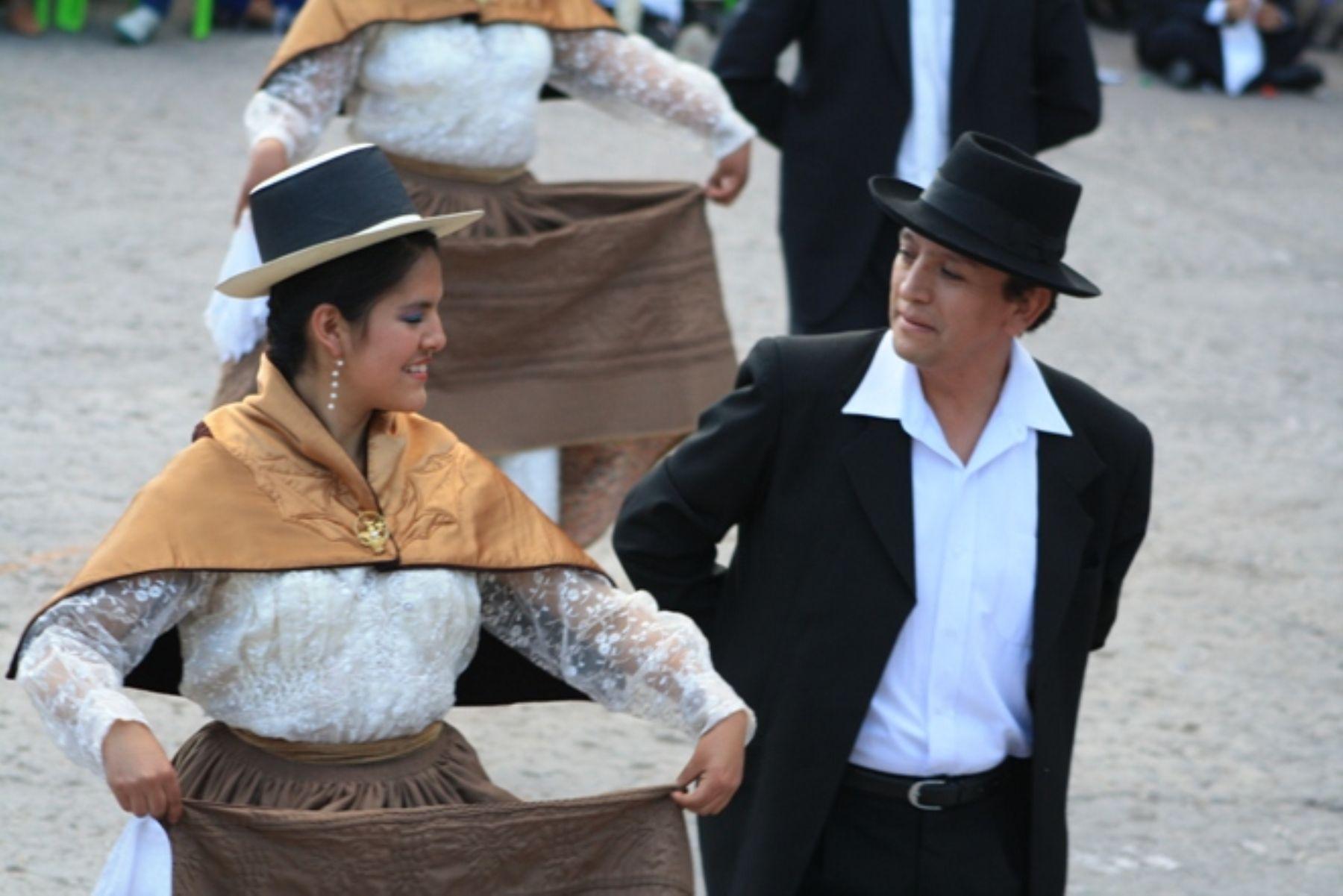 La marinera ayacuchana es uno de los bailes tradicionales de esa región.