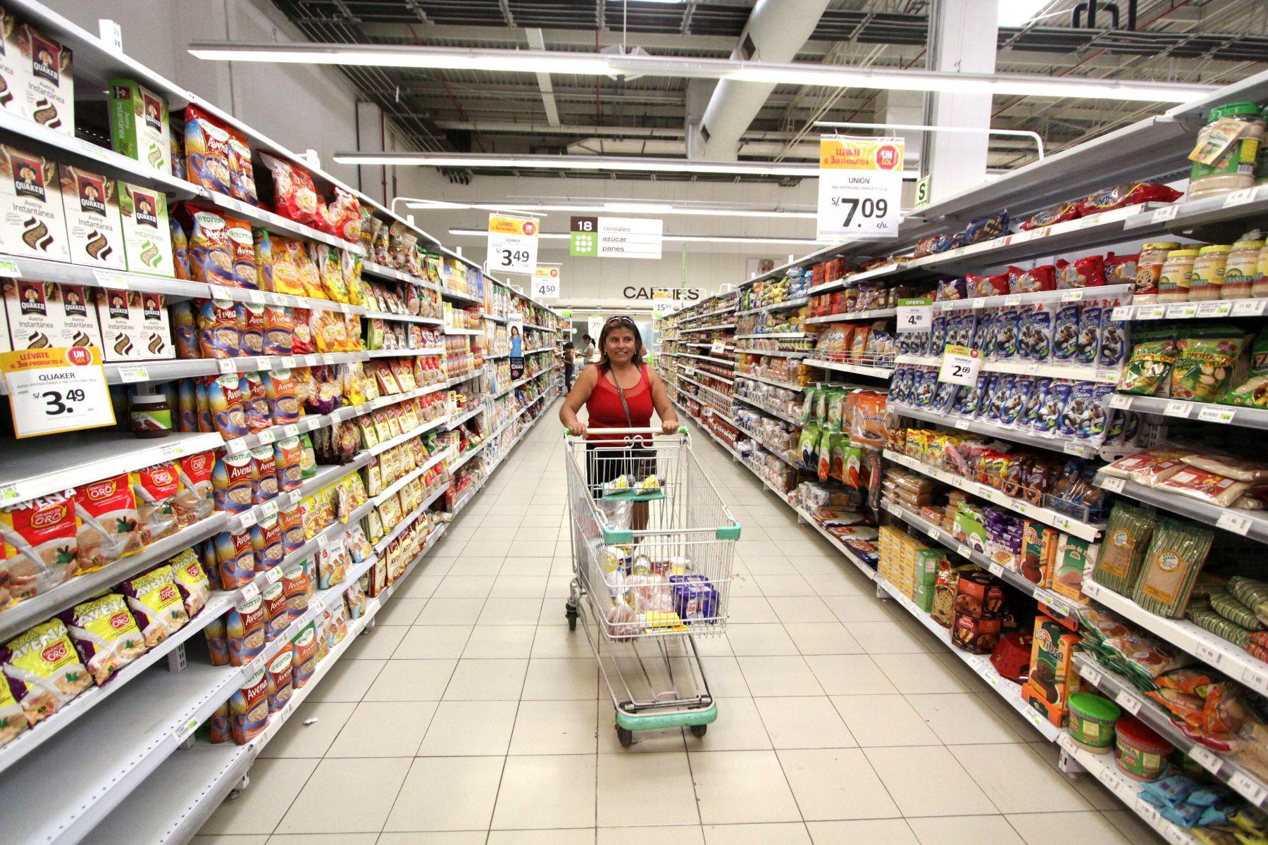 Gloria, Laive y Nestlé son multadas por Indecopi