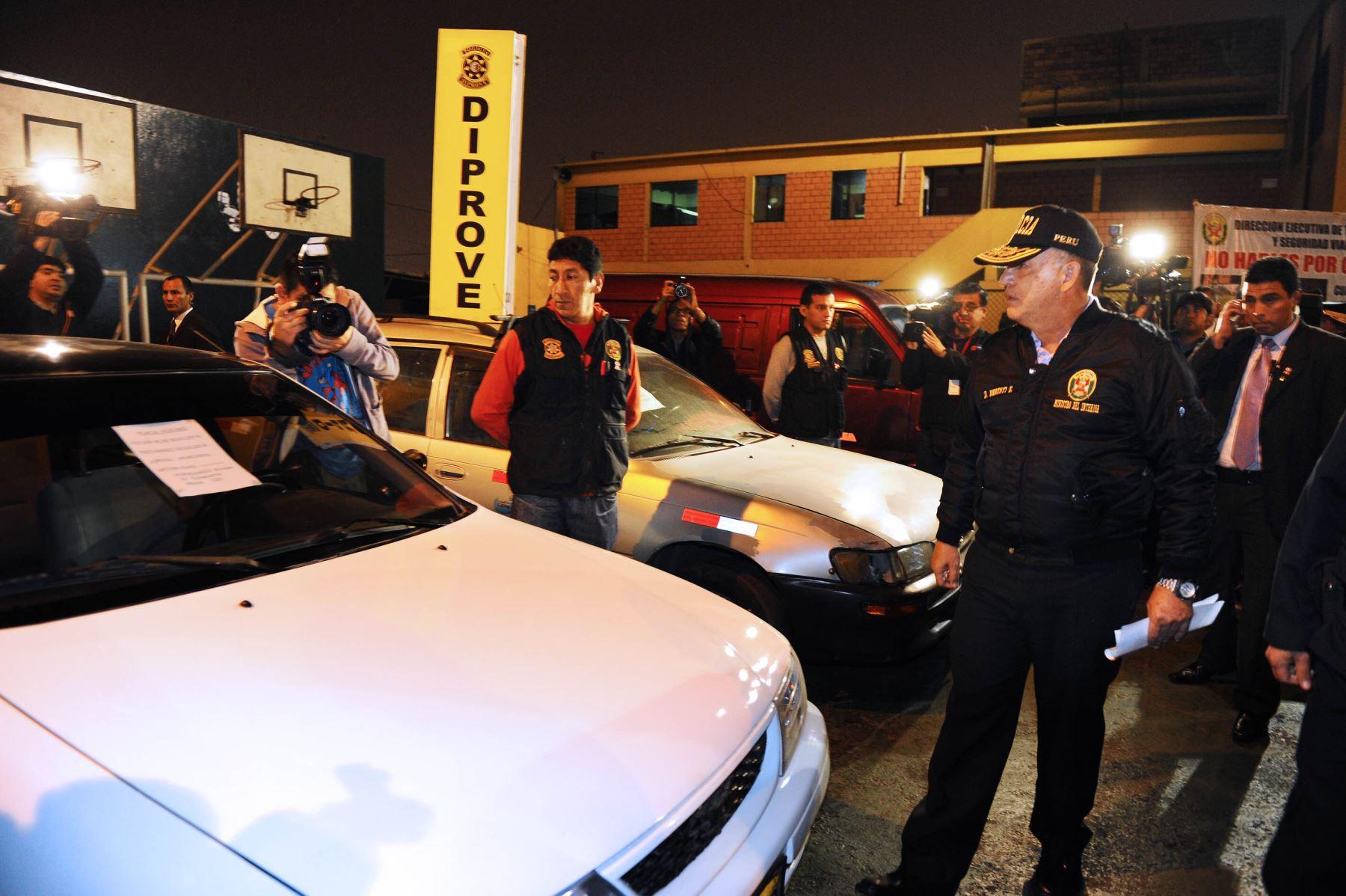 Pnp pone a disposici n de fiscal a a polic as involucrados for Nombre del ministro de interior y policia