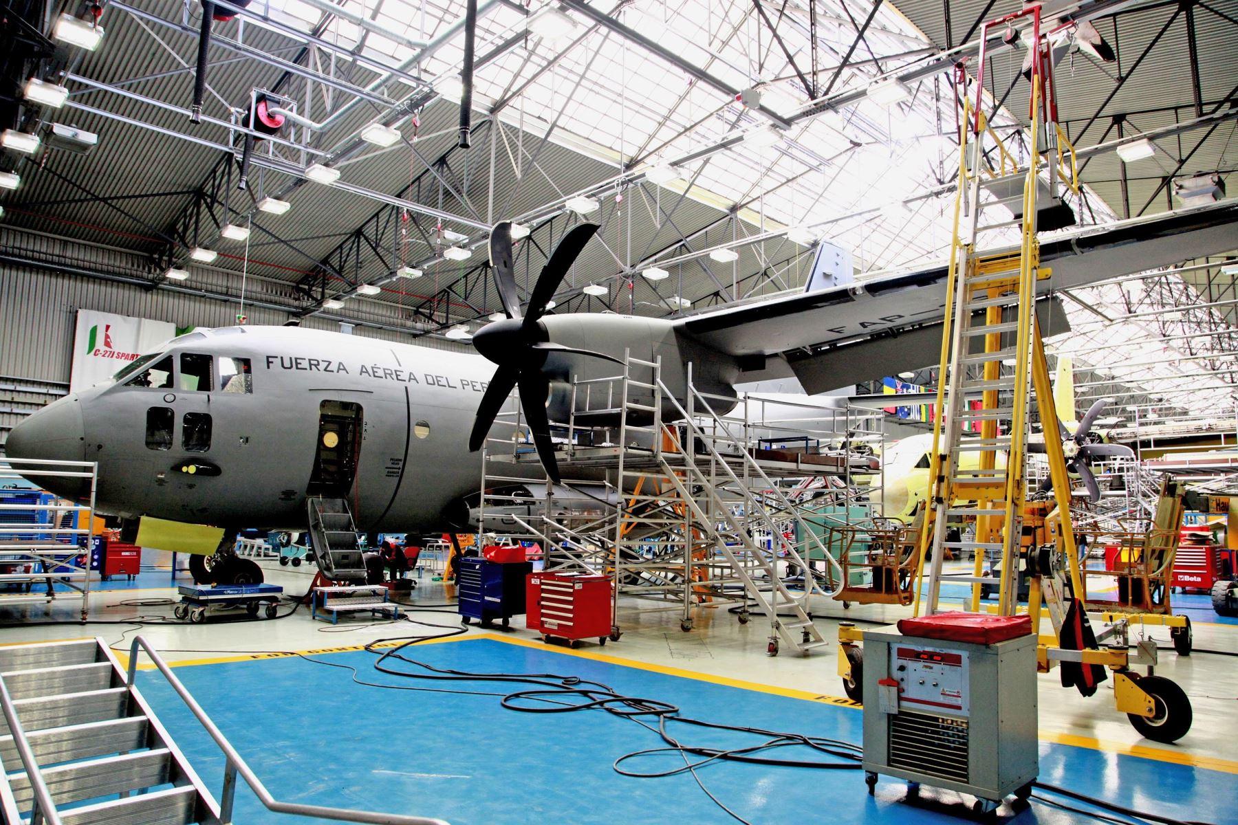 Aviones italianos de transporte  C-27J llegarán al Perú en cuatro meses.