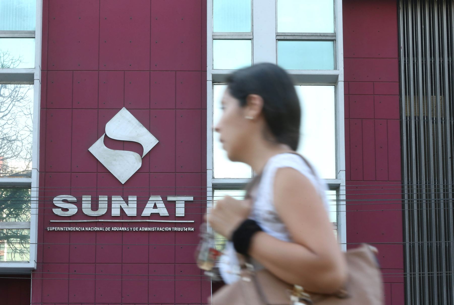 Frontis de la sede central de la Sunat.Foto:  ANDINA/archivo.