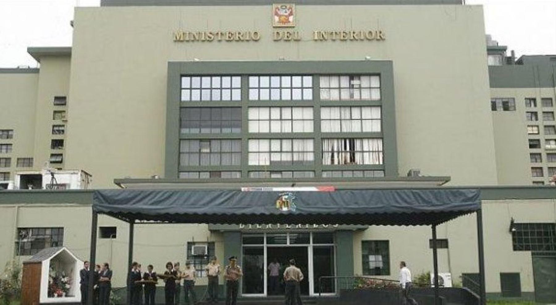 mininter pide a pnp cambio de oficial implicado en On sede del ministerio del interior