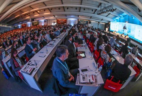 PARACAS-PERÚ, DICIEMBRE 03. Reunión de ejecutivos CADE 2015 en Paracas. Foto: ANDINA/ Carlos Lezama