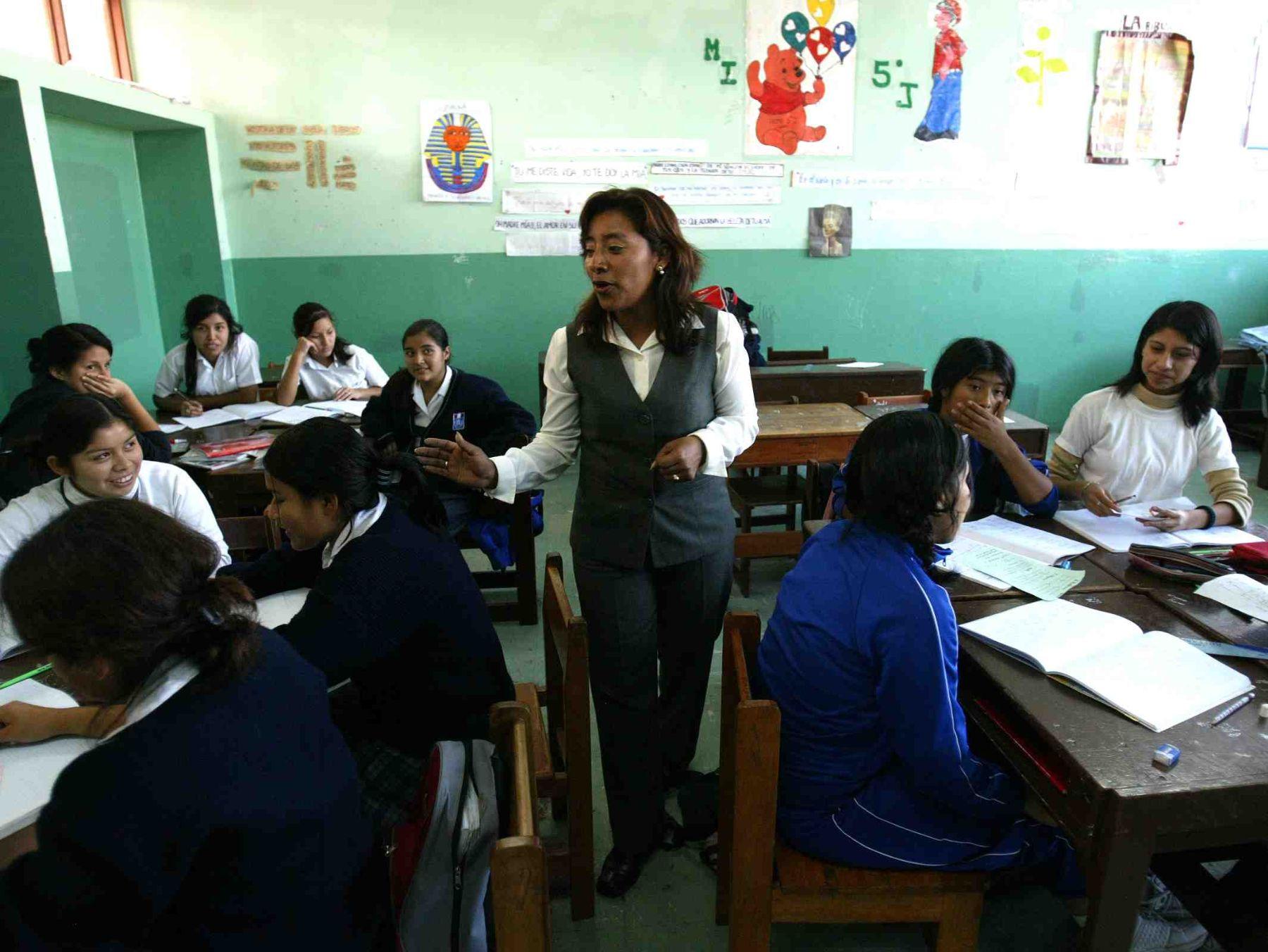 Gobiernos regionales recibirán recursos para pagar a docentes de LRM: Foto: ANDINA/Difusión.