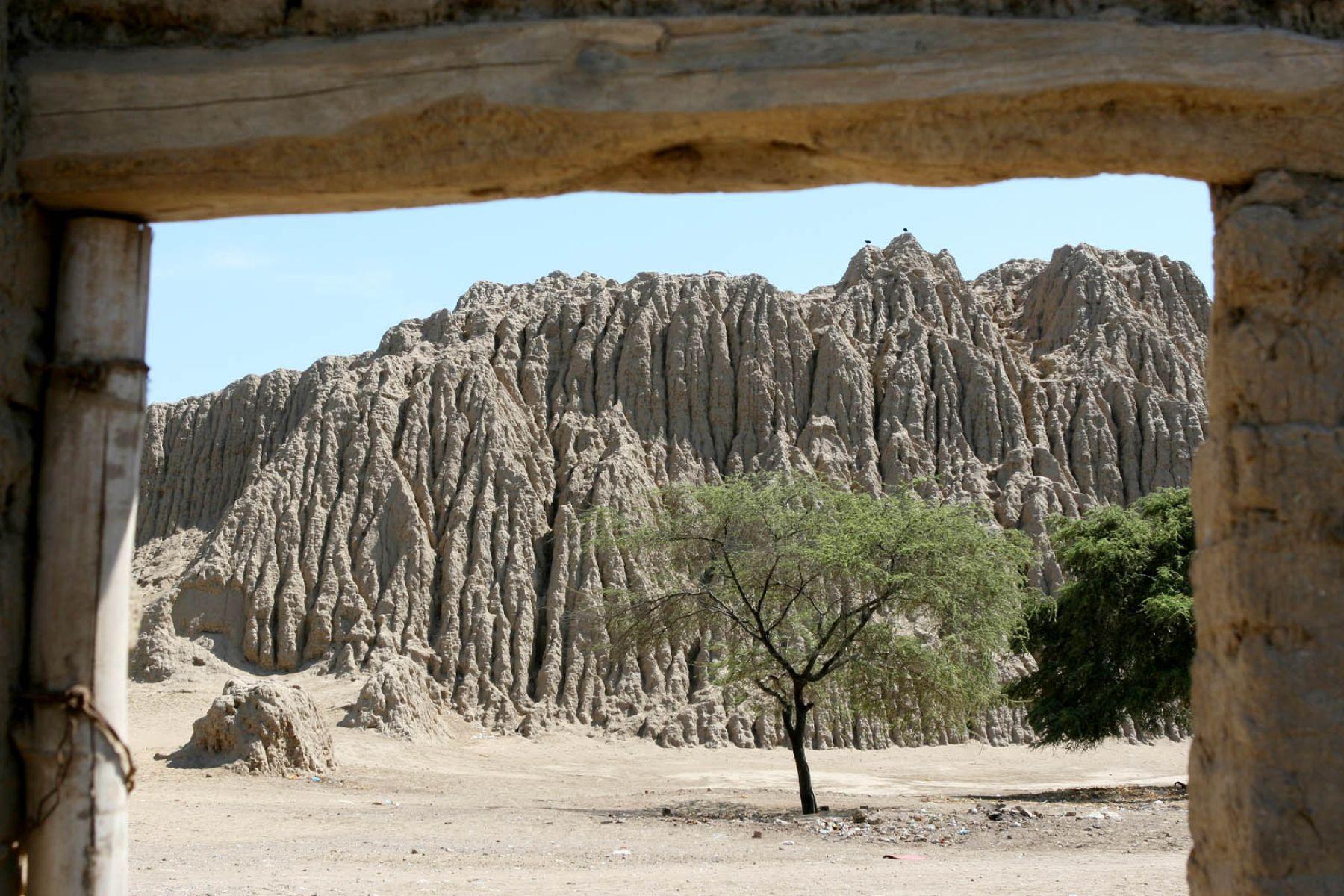 Complejo arqueológico de Túcume o Valle de las Pirámides, en Lambayeque. Foto: ANDINA/Archivo/Norman Córdova.