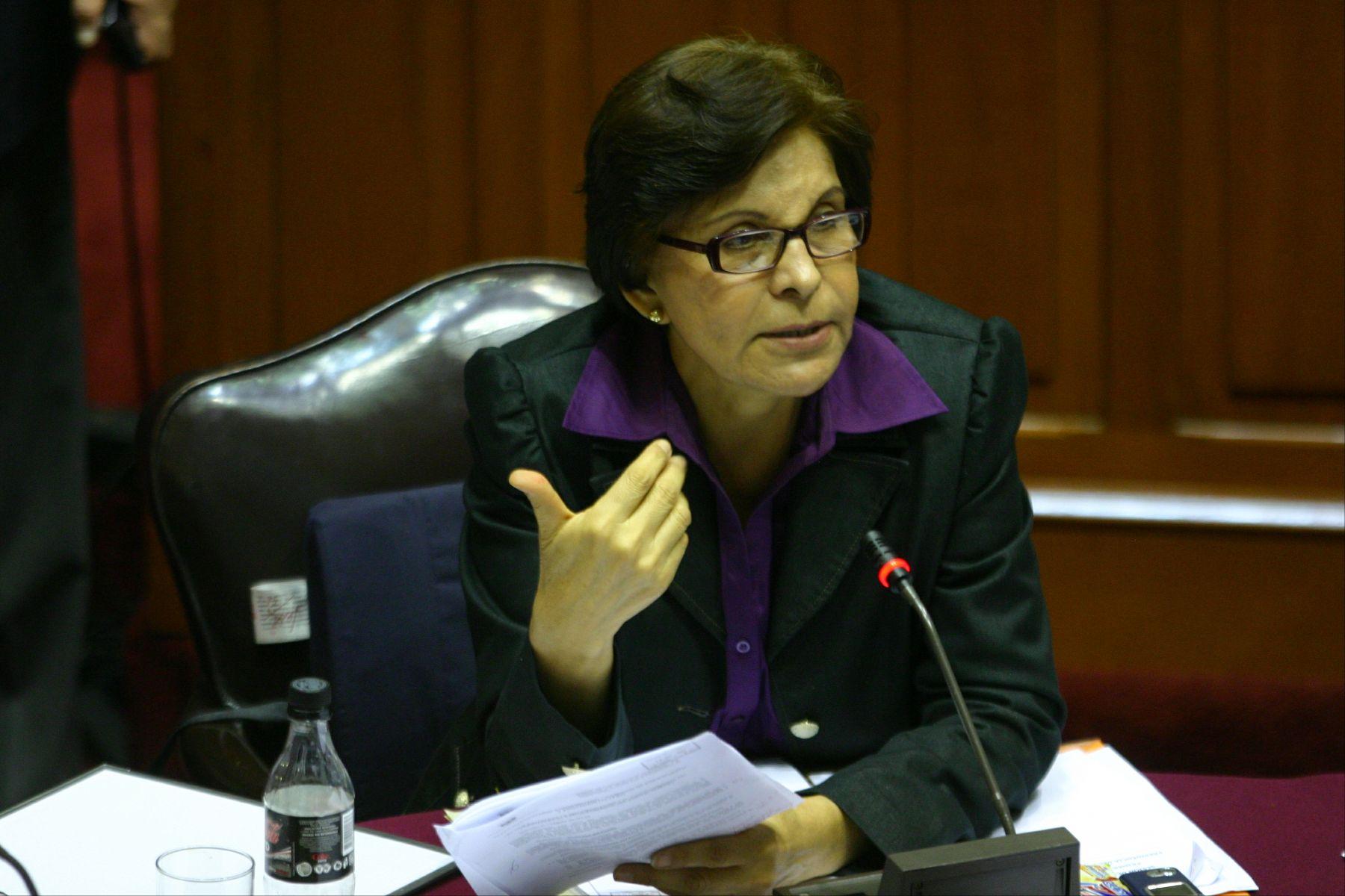 Presidenta de la Comisión de Defensa del Congreso, Mercedes Cabanillas