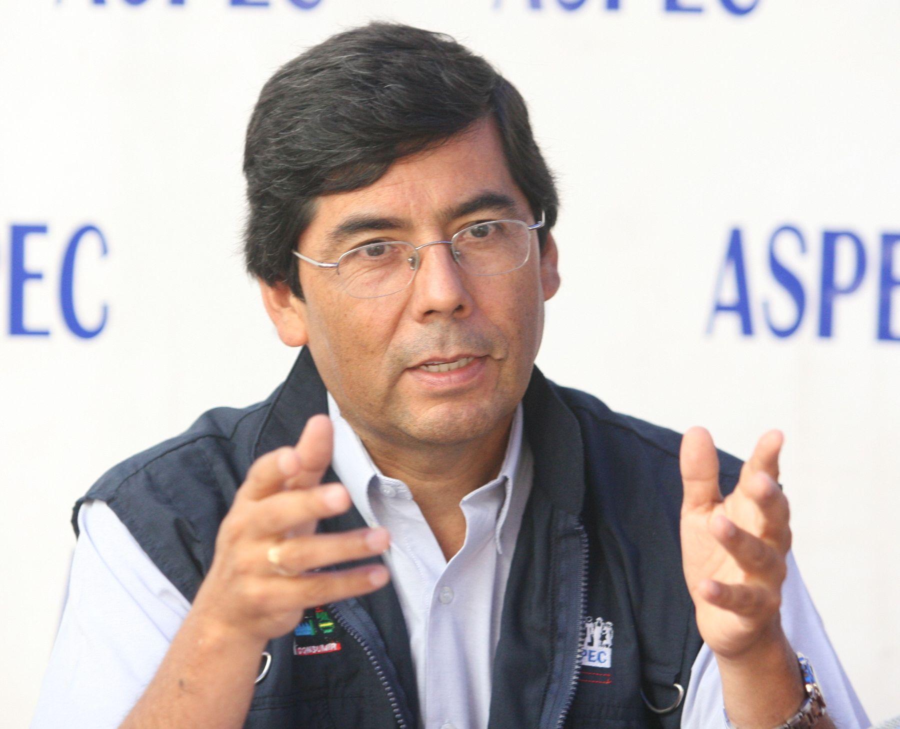Presidente de la Asociación Peruana de Consumidores y Usuarios, Jaime Delgado Zegarra. Foto:ANDINA/Norman Cordova