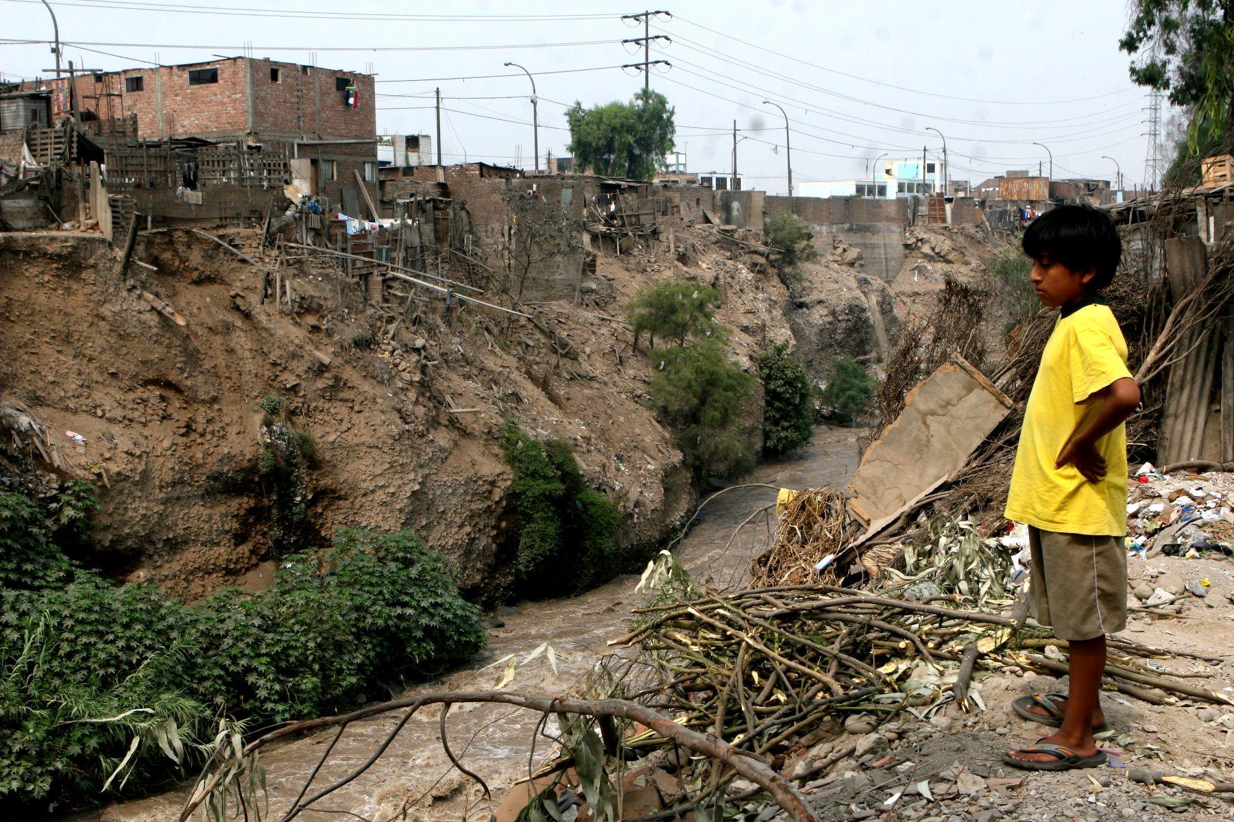 Defensa Civil identificó puntos de riesgo en cuencas de ríos Rímac, Chillón y Lurín. Foto: ANDINA/Jorge Paz H.