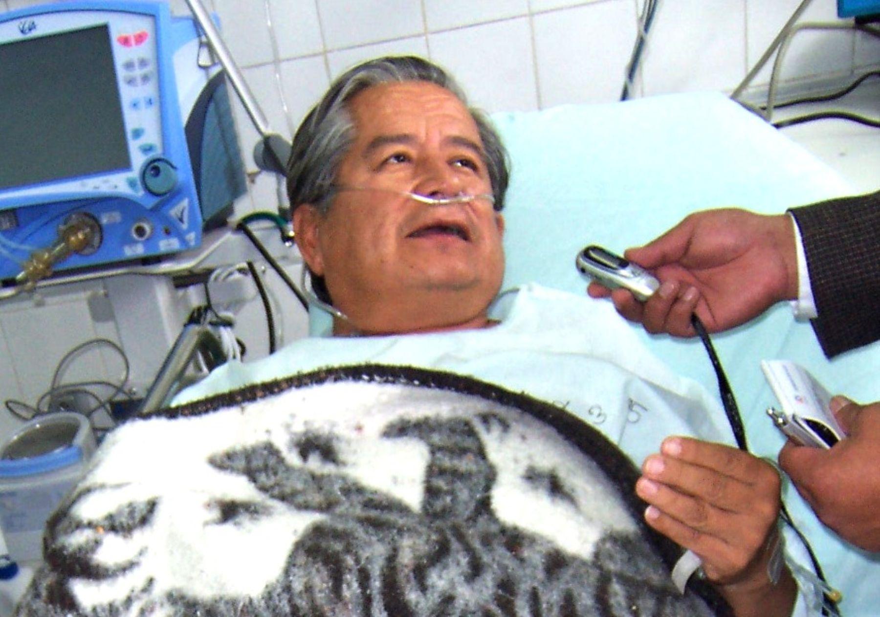 El intervenido vicepresidente regional de Cajamarca, Aníbal Balcázar, fue hospitalizado esta mañana por presentar una crisis de hipertensión.