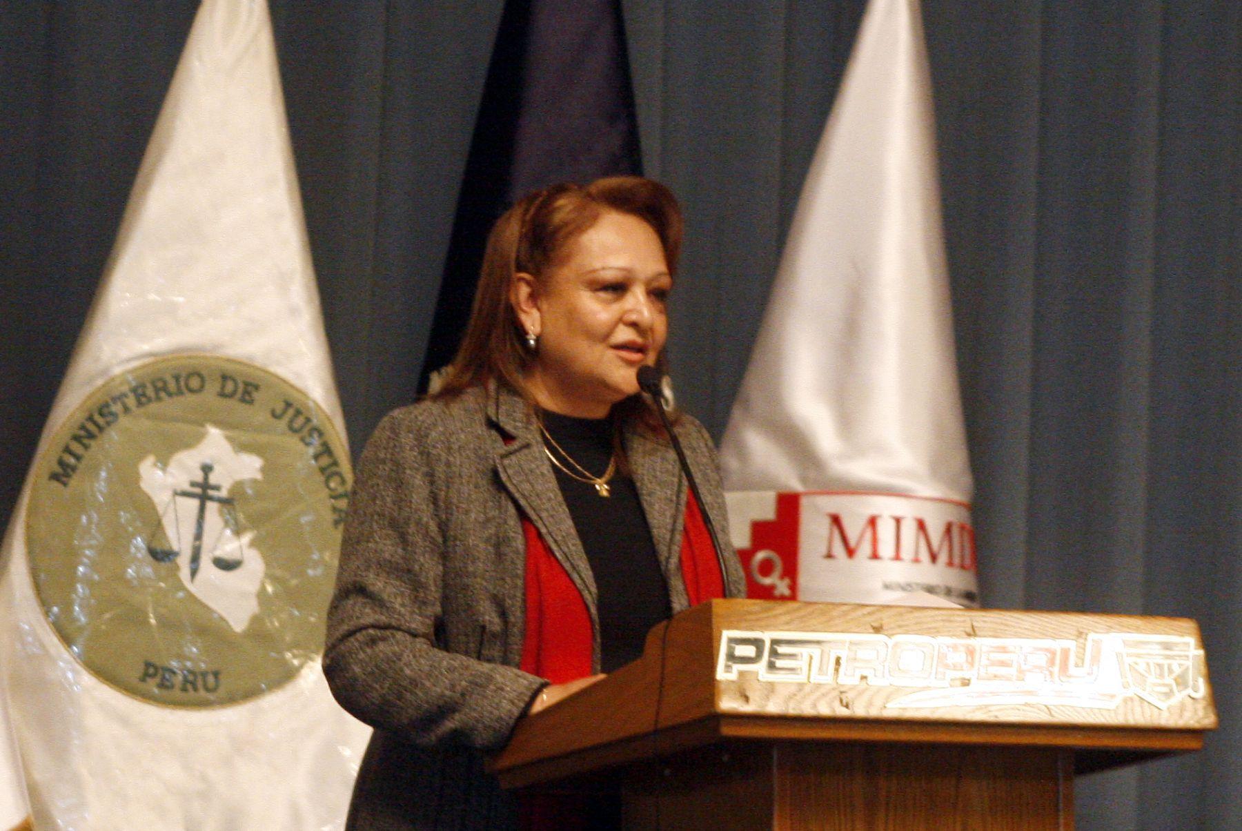 Dolores Tasayco, Vice ministra de  la Mujer, presentó resultado de Plan Nacional contra la Violencia Familiar. Foto. ANDINA/Stephanie Zollner