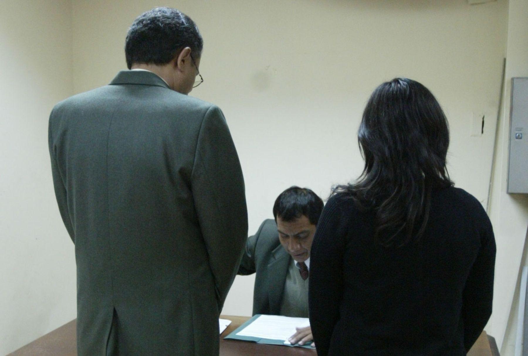 En Surco habrá orientación sobre requisitos para tramitar divorcio rápido. Foto: Andina/Archivo.