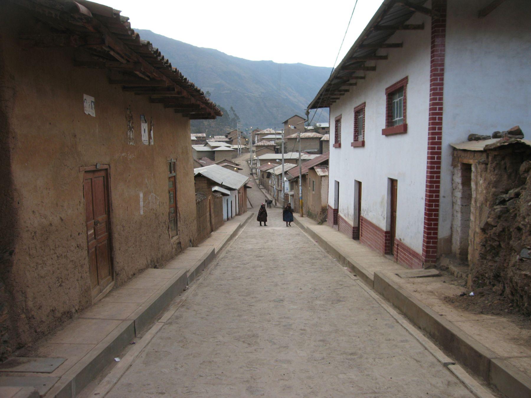 Callecita andajina, en la provincia limeña de Oyón. Foto: Municipalidad distrital de Andajes.
