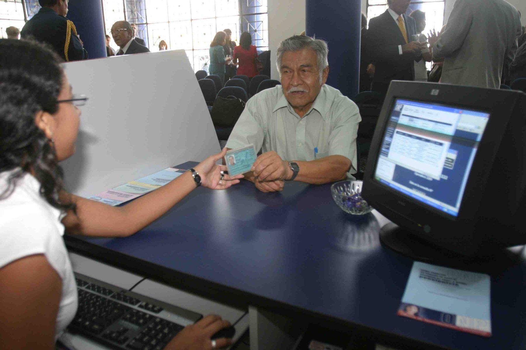 Pensionistas de la 20530 podrán cobrar pensión Fonahpu 2008-02 desde el lunes.