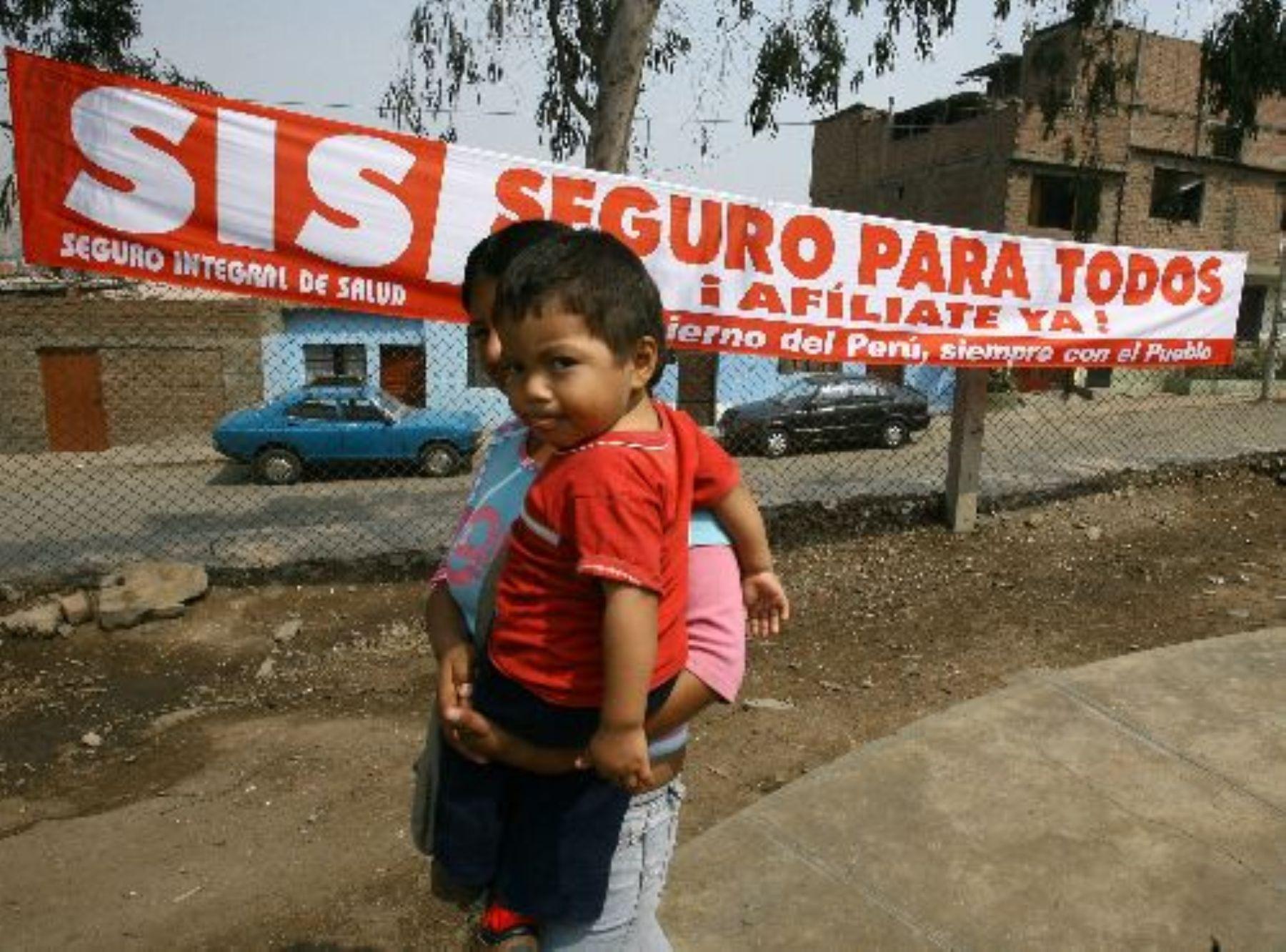 Más de siete millones de atenciones fueron cubiertas por el SIS entre enero y marzo de este año. Foto: Andina/Archivo