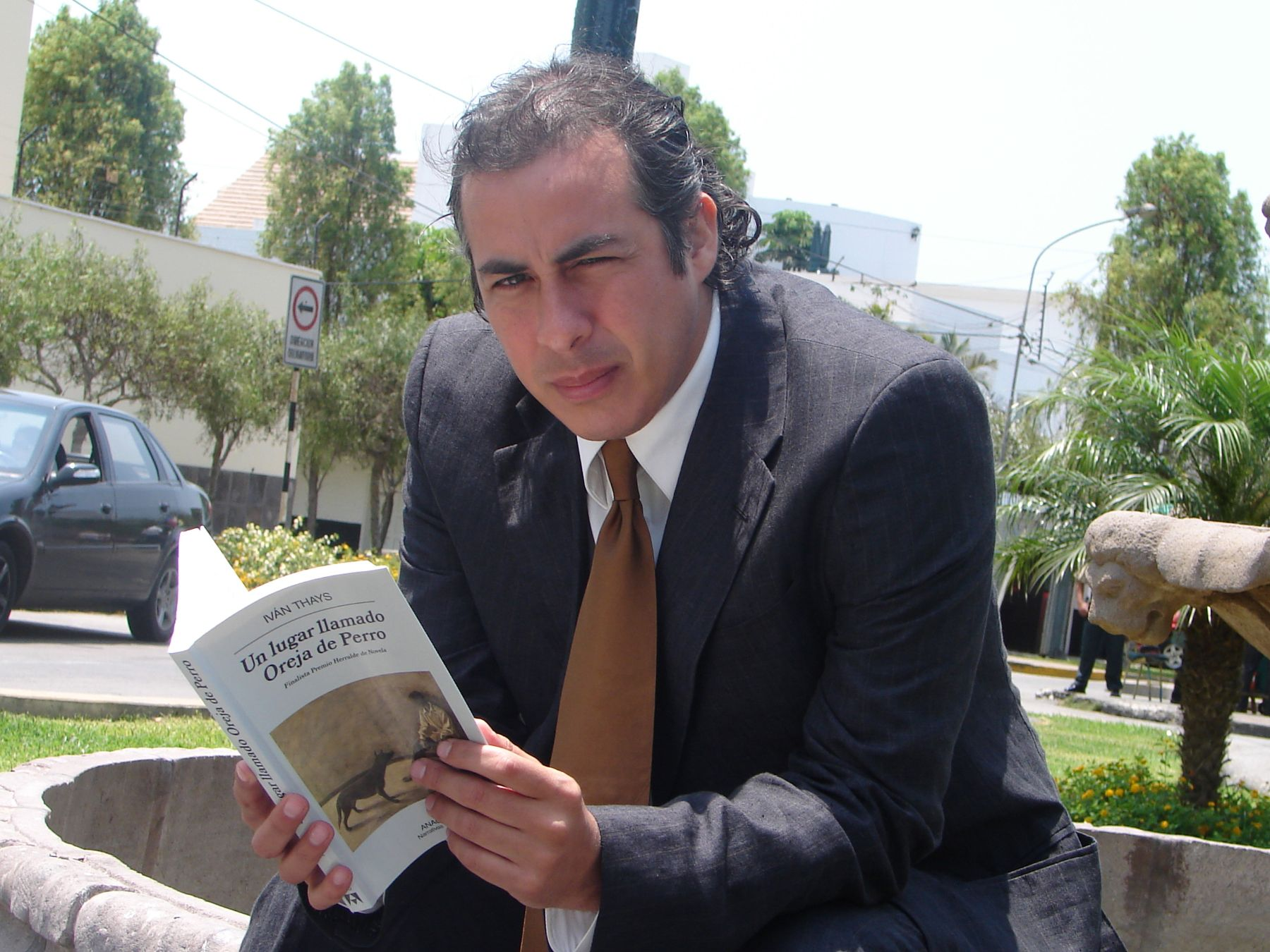 Iván Thays