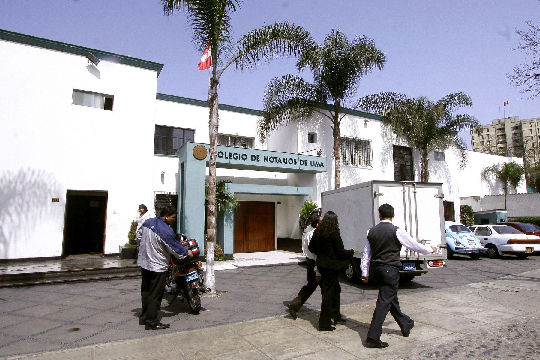 Colegio de Notarios de Lima.