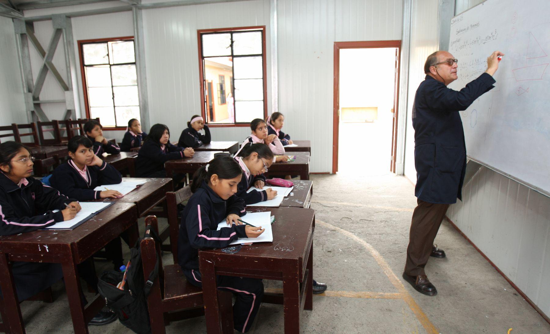 Colegio Mayor Presidente de la República funcionará como residencia de alumnos. Foto:ANDINA / Norman Córdova.