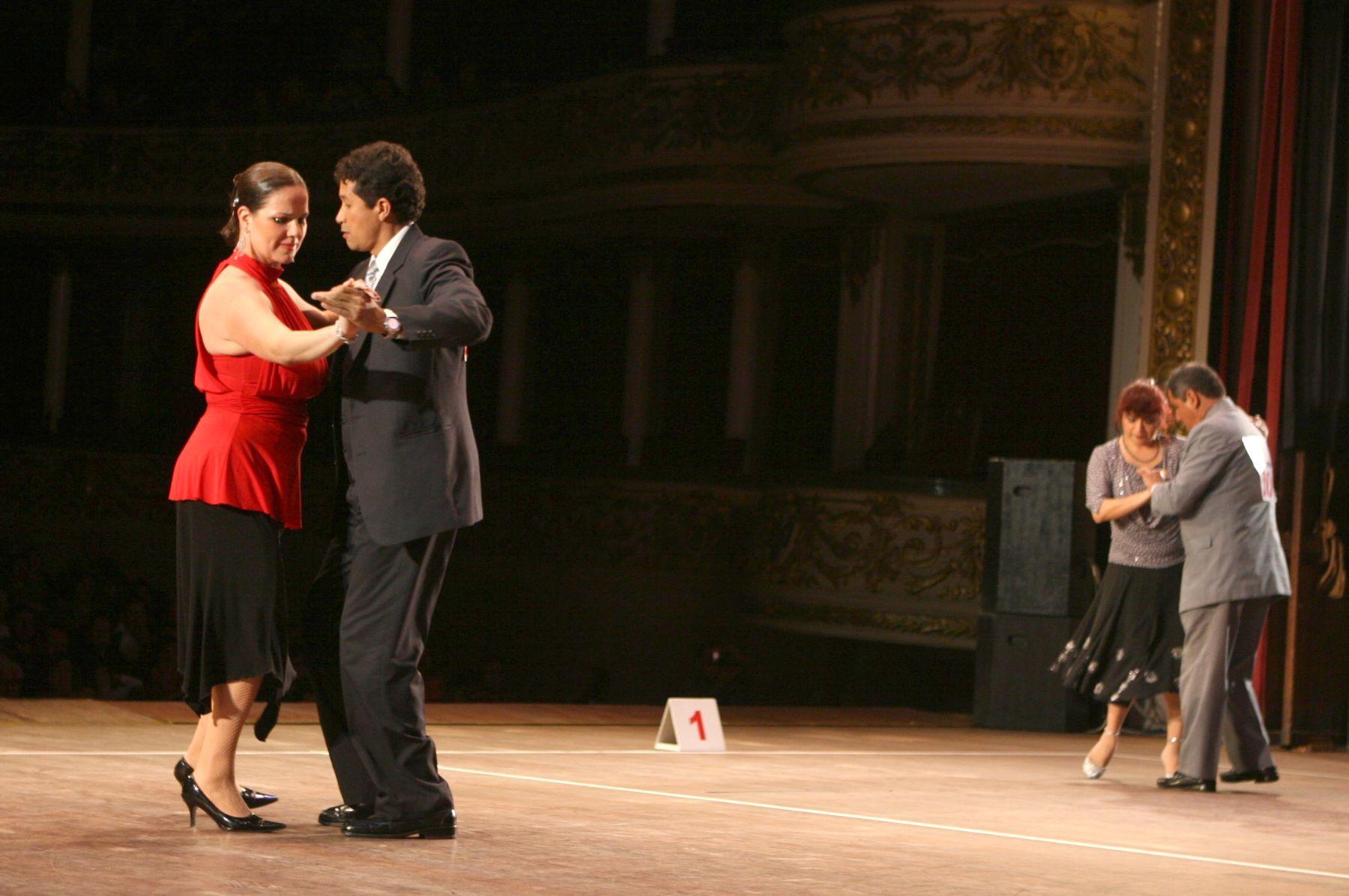 V Concurso Nacional de Vals Criollo en Teatro Manuel Ascencio Segura  Foto: ANDINA/Vidal Tarqui