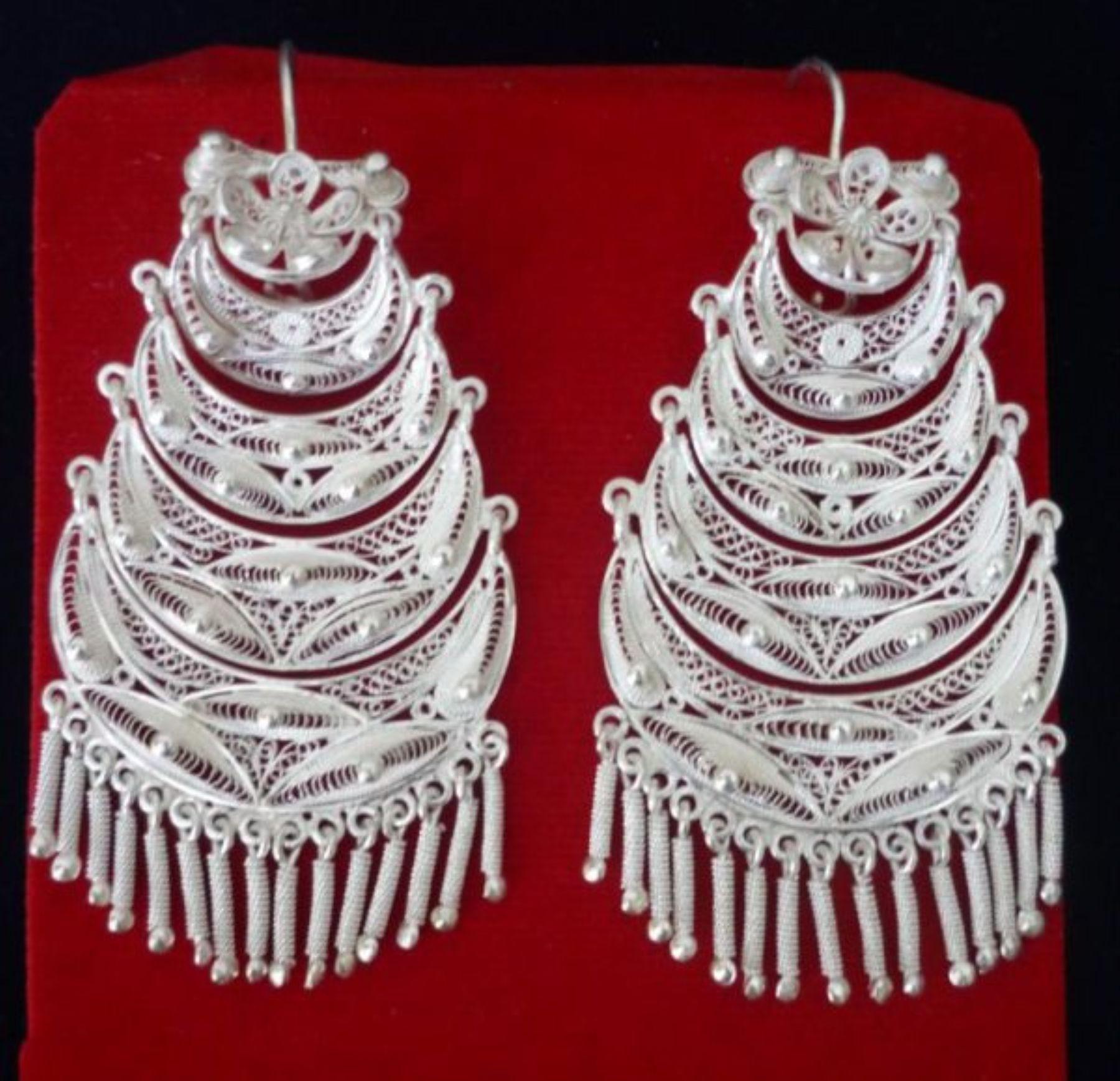 Aretes de filigrana de plata de Catacaos, llamadas