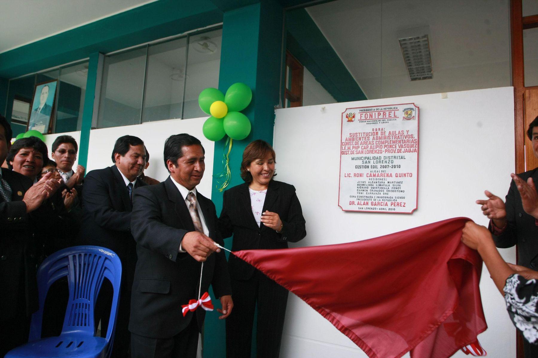 Ministra de la Mujer Nidia Vílchez inauguró colegio en provincia de Jauja con recursos del Foniprel. Foto: Andina/Mimdes.