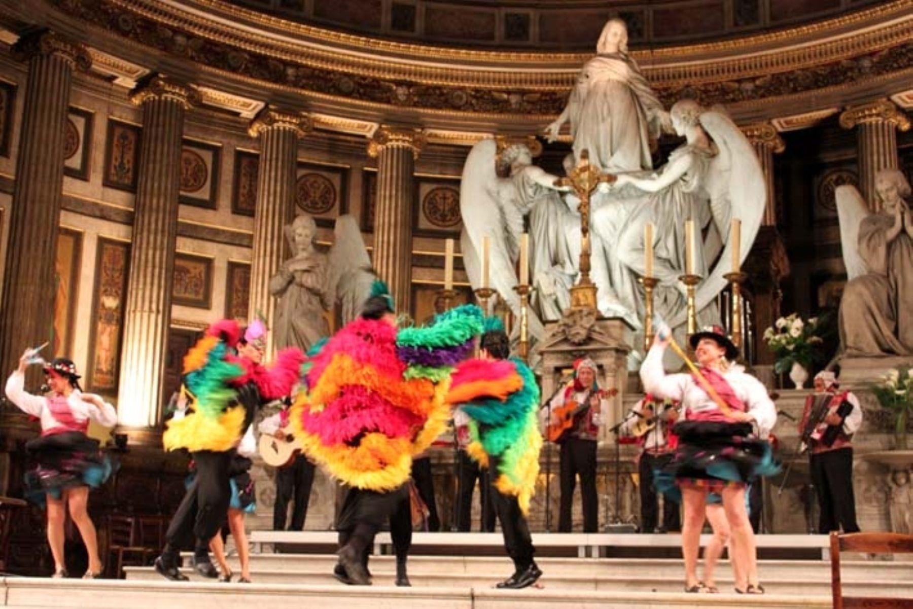 Las coloridas danzas de nuestro país se dejarán apreciar en Nancy, Francia. Foto: Andina/Difusión