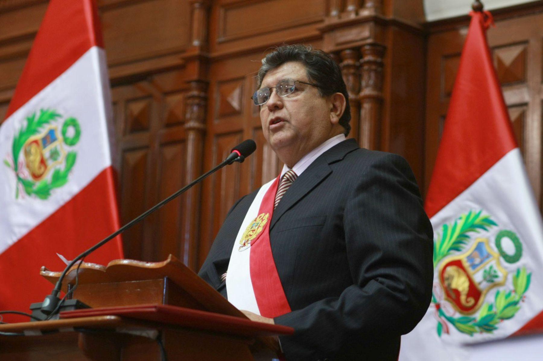 El presidente de la República, Alan García dirige su Mensaje a la Nación desde el Congreso de la República . Foto: ANDINA/Sepres.