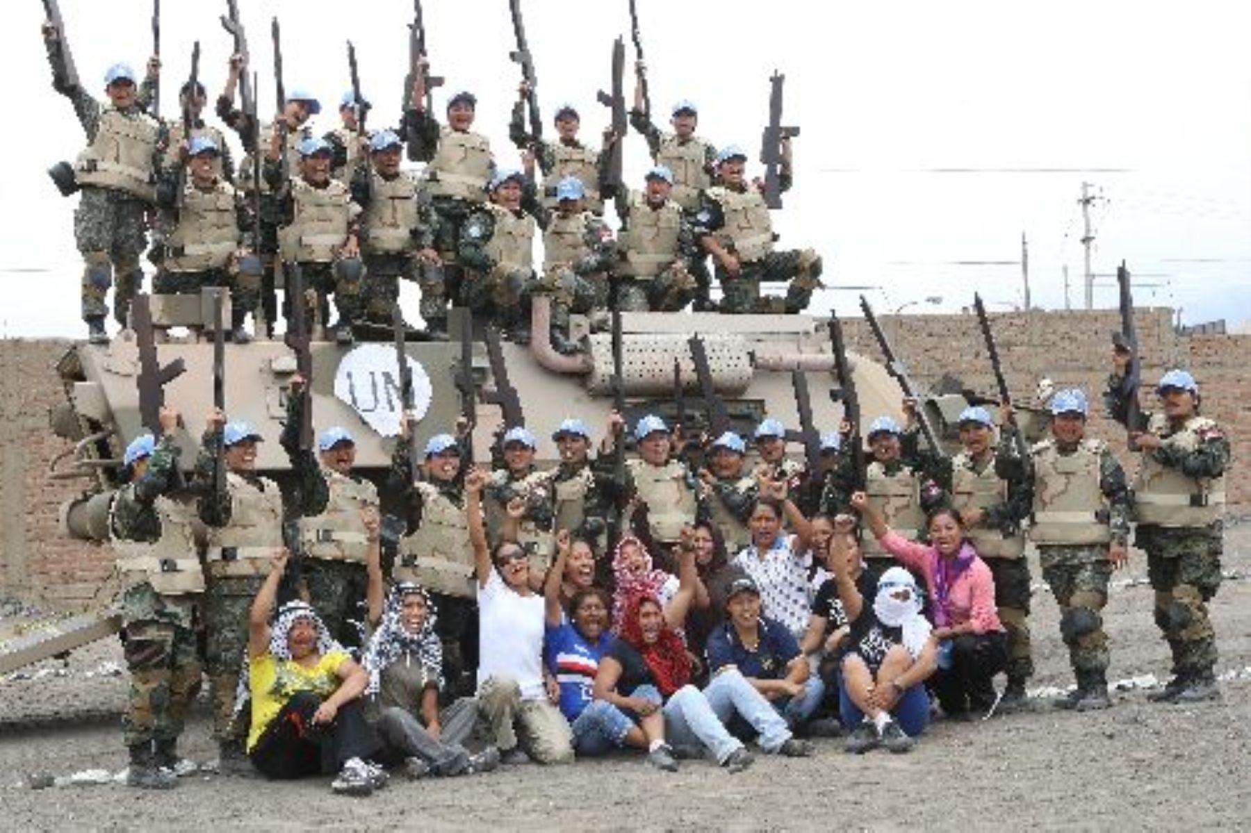 """Primer contingente femenino de """"Cascos Azules"""", integrado por mujeres de las tres Fuerzas Armadas."""