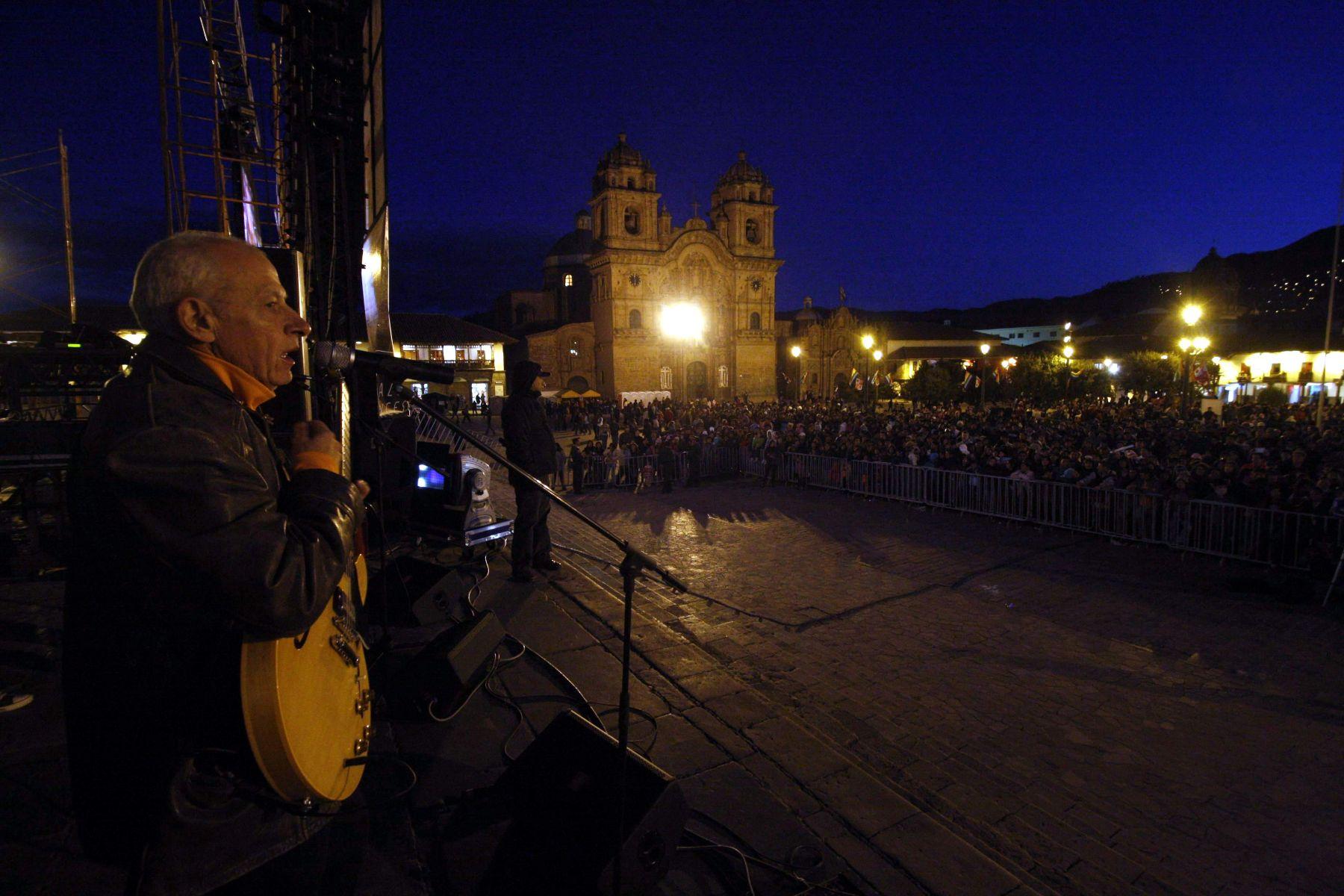 El cantante Miki González participará en el espectáculo musical La fiesta es en el Cusco. Foto: ANDINA / Percy Hurtado.