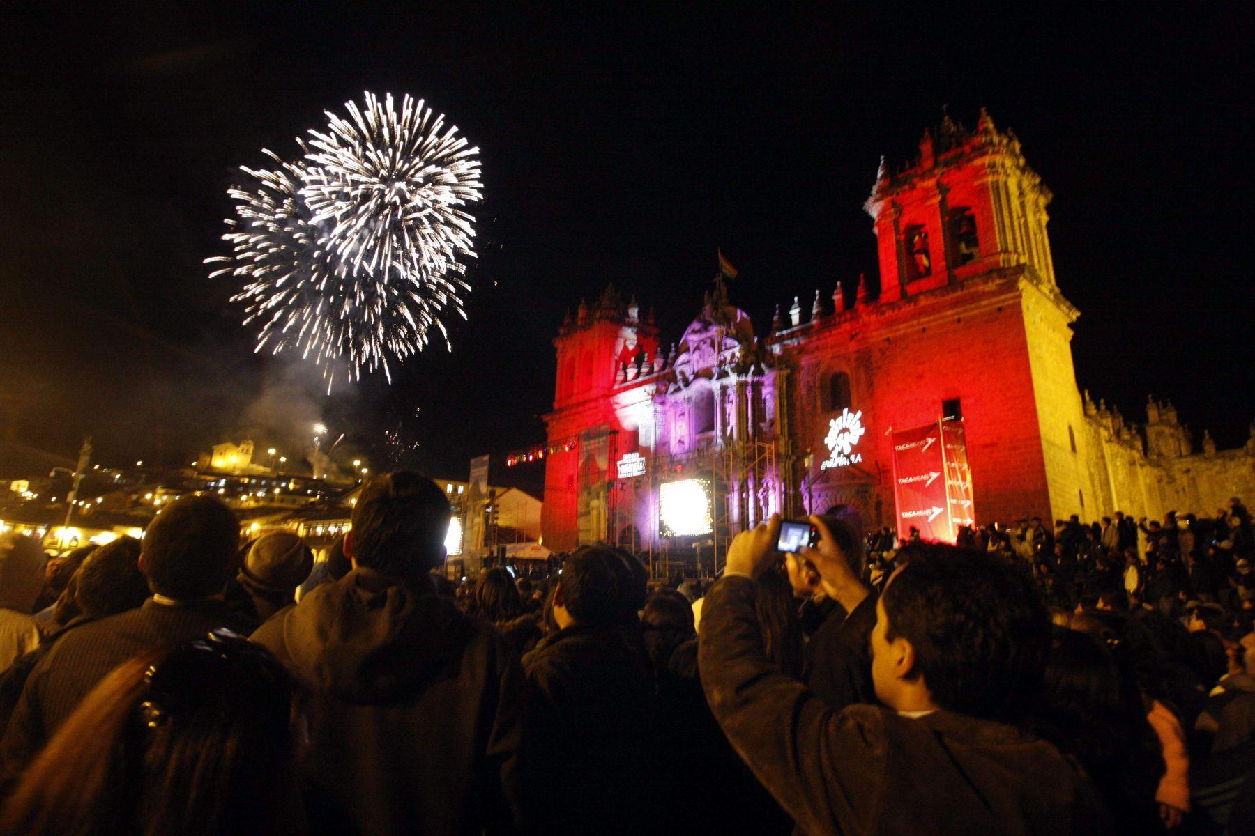 Festejos en la ciudad del Cusco por los cien años del descubrimiento de Machu Picchu para el mundo.  Foto: Andina/ Percy Hurtado.