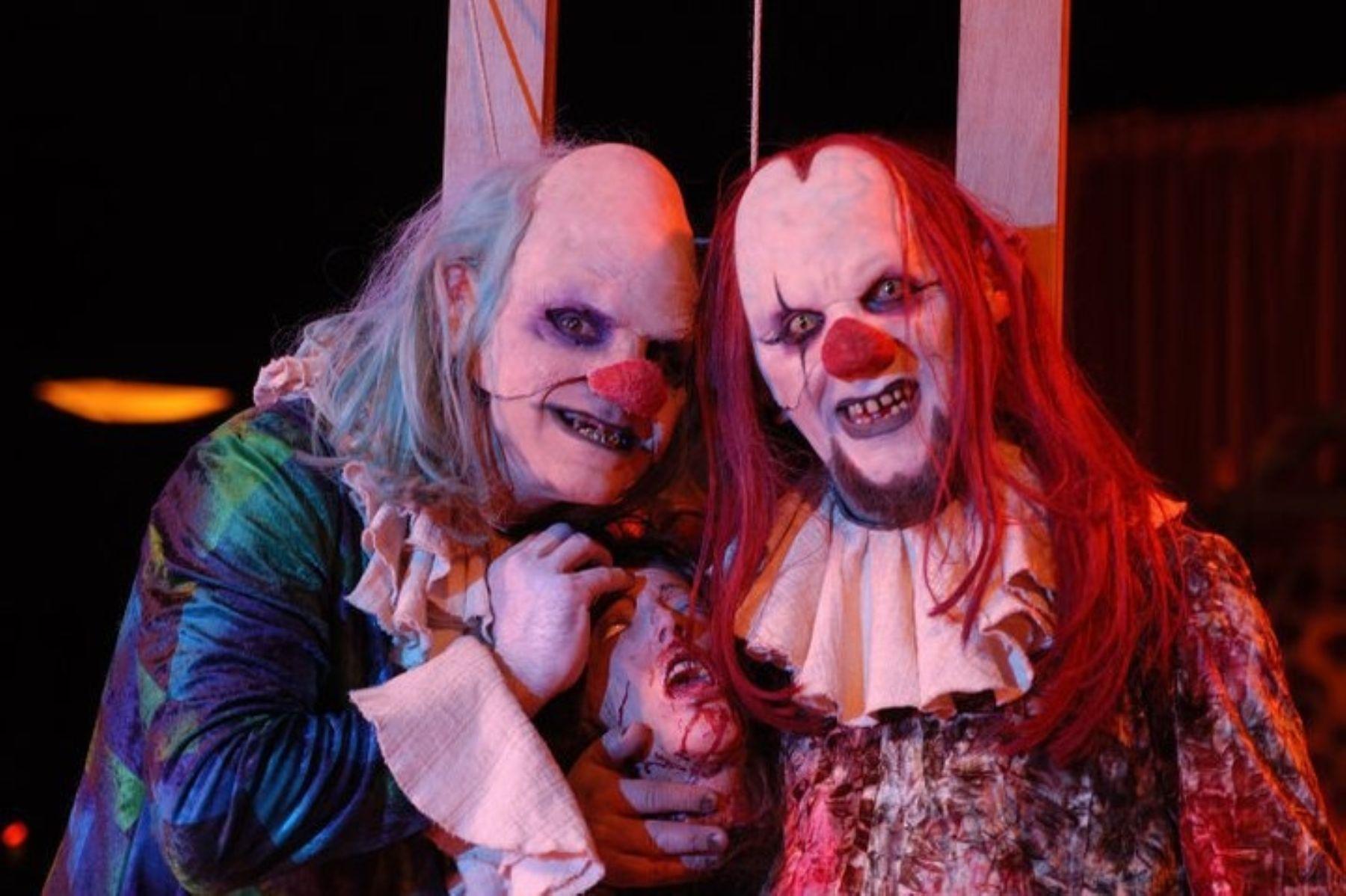 Personajes del Circo de los horrores.