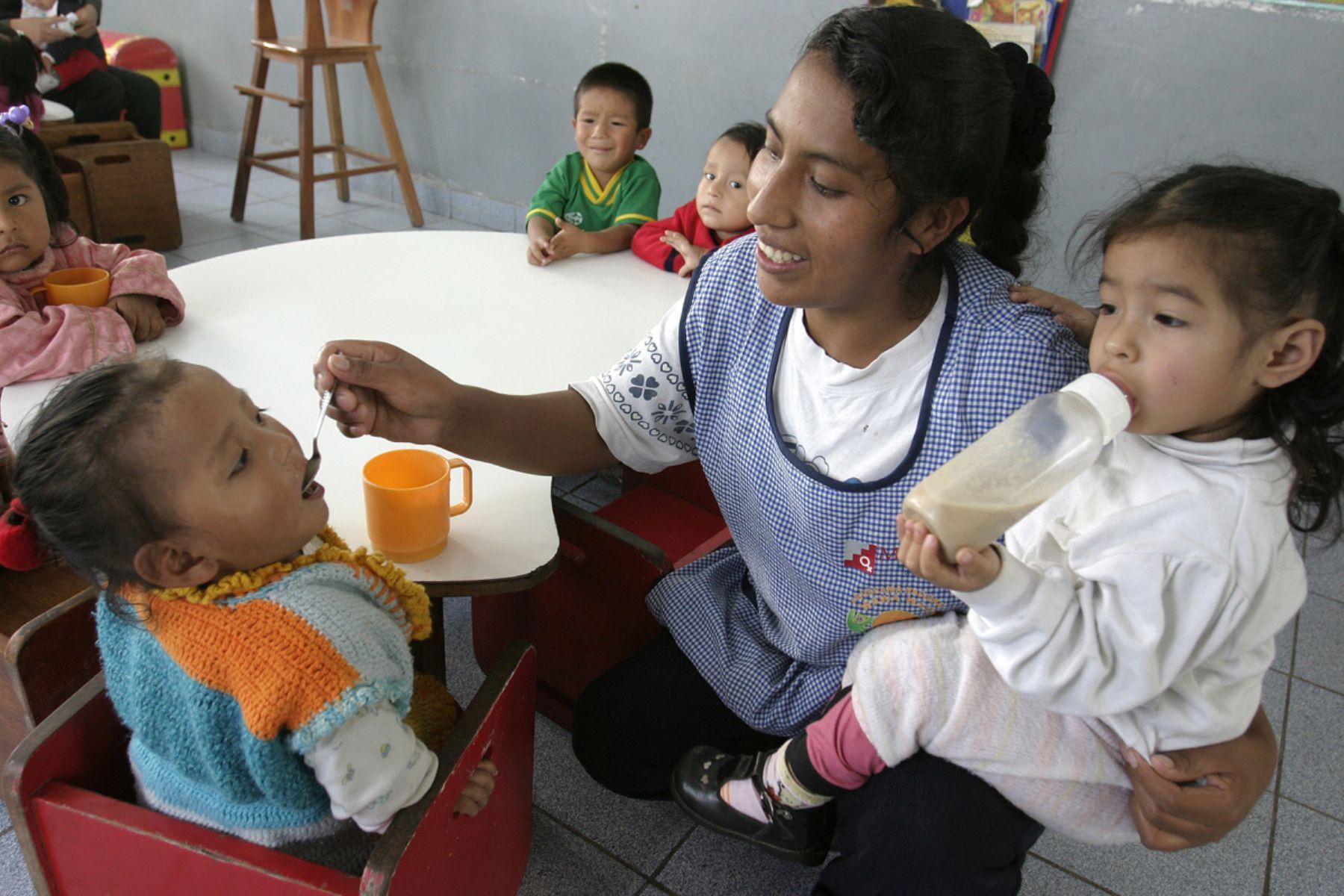 Alimentación escolar. ANDINA/archivo