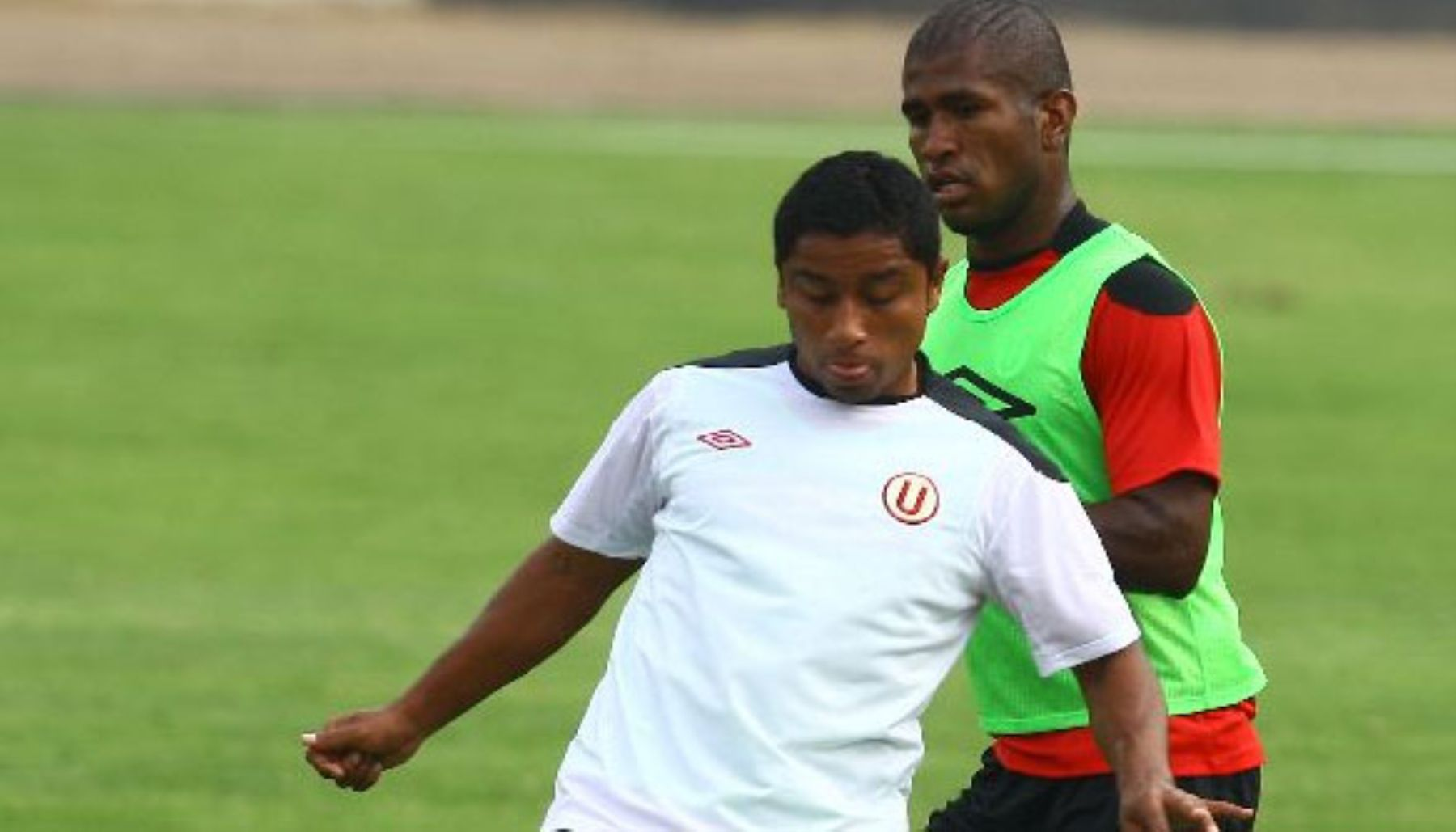 Antonio Gonzales, volante de la selección peruana de fútbol.