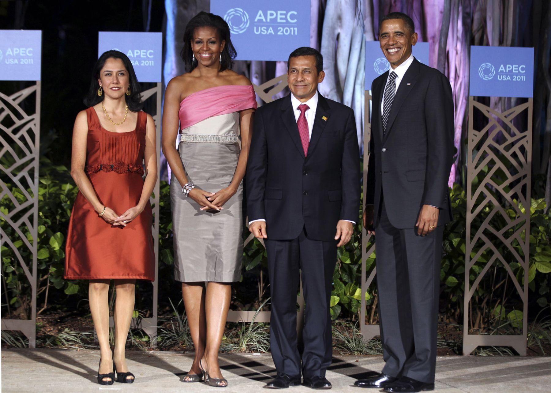 El Jefe de Estado Ollanta Humala y la Primera Dama Nadine Heredia participaron anoche en la Cena de Honor que ofreció el Presidente de Estados Unidos Barack Obama a los Líderes de APEC. Foto:ANDINA/Prensa Presidencia