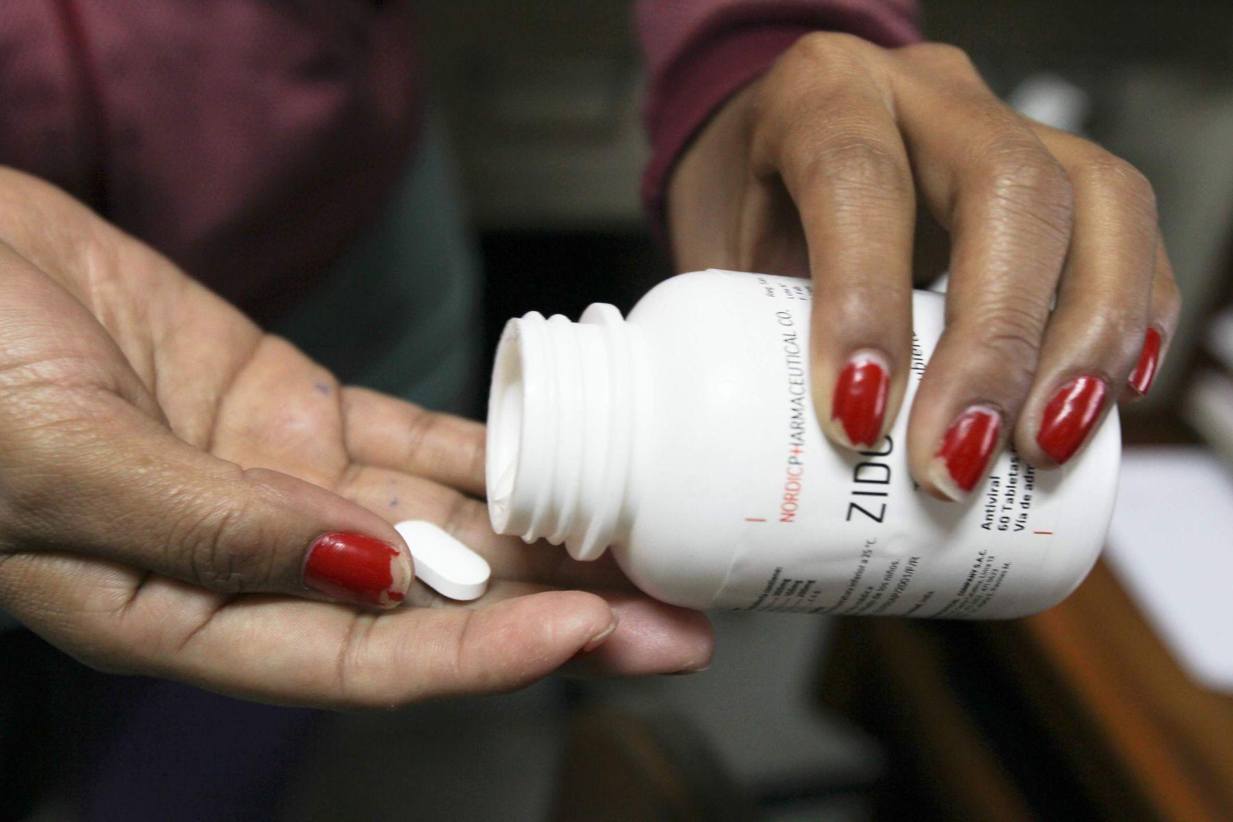 La mortalidad de las personas que viven con VIH/Sida disminuyó 40% en Perú gracias a los Tratamientos Antirretrovirales . Foto: ANDINA/ Piero Vargas