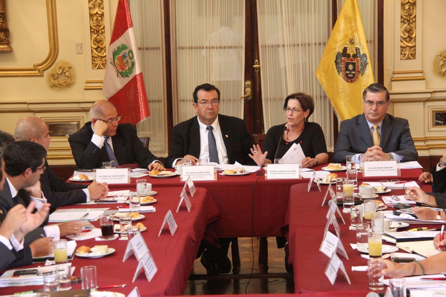 Alcaldesa Susana Villarán participa en la undécima sesión de la Comisión de Alto Nivel Anticorrupción. Fotos: ANDINA/Municipalidad de Lima.