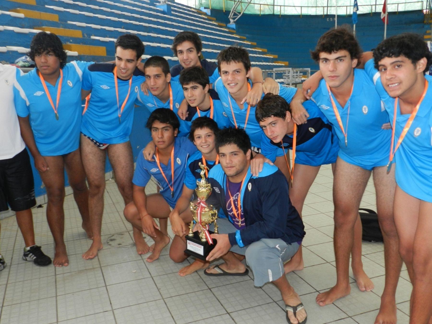 Regatas Lima es campeón del Torneo Apertura de Waterpolo.