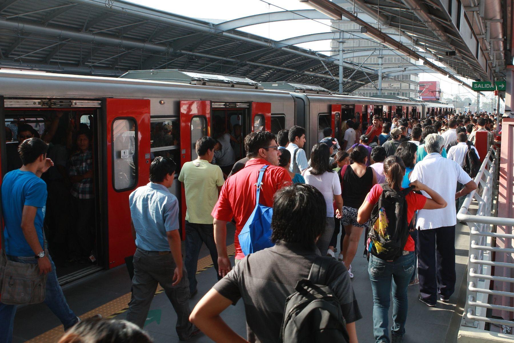 En estos horarios el metro será gratis — Francisco en Lima