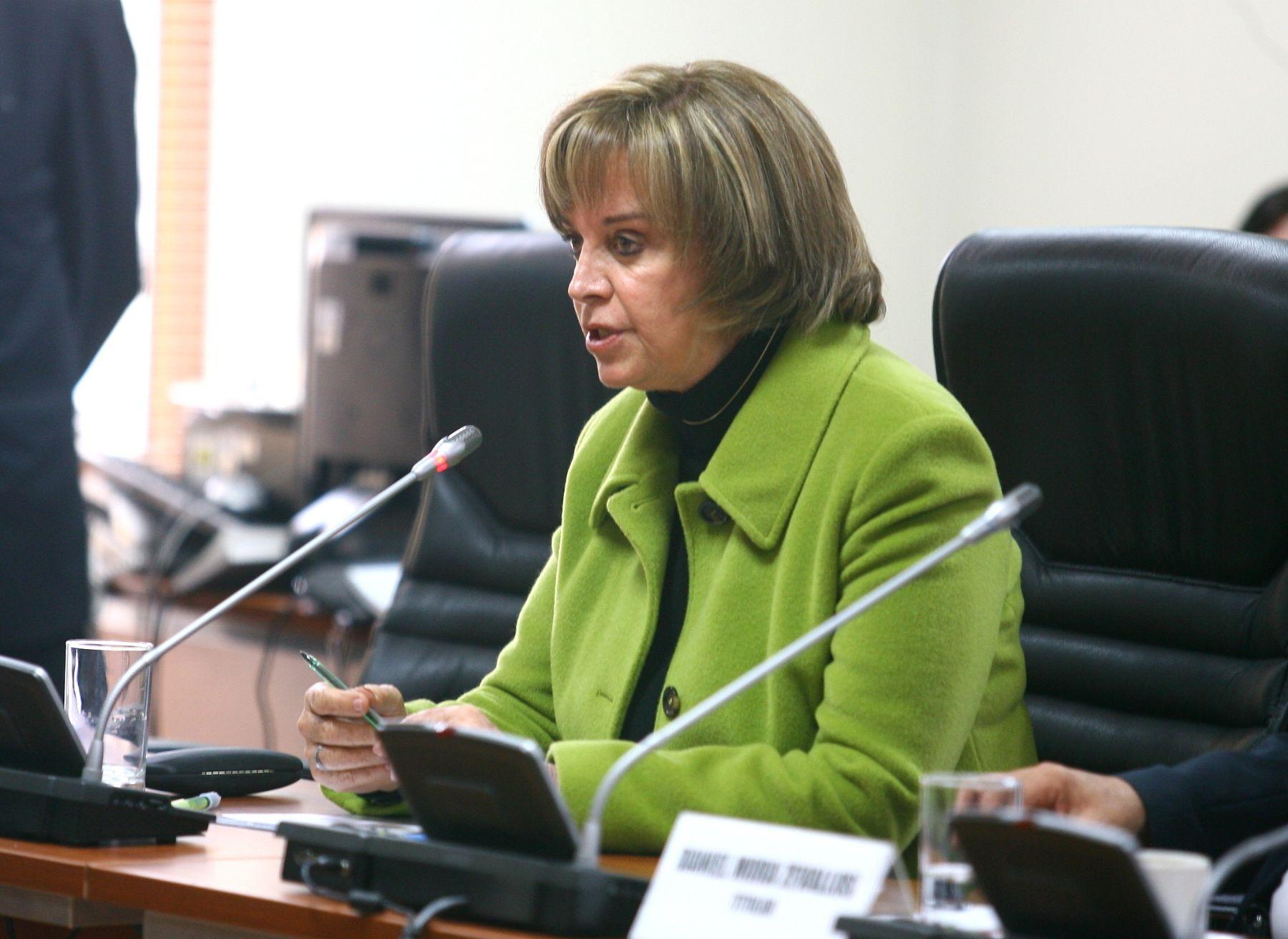 Presidenta de la Comisión de la Mujer del Congreso, Luisa María Cuculiza. Foto: ANDINA/Archivo