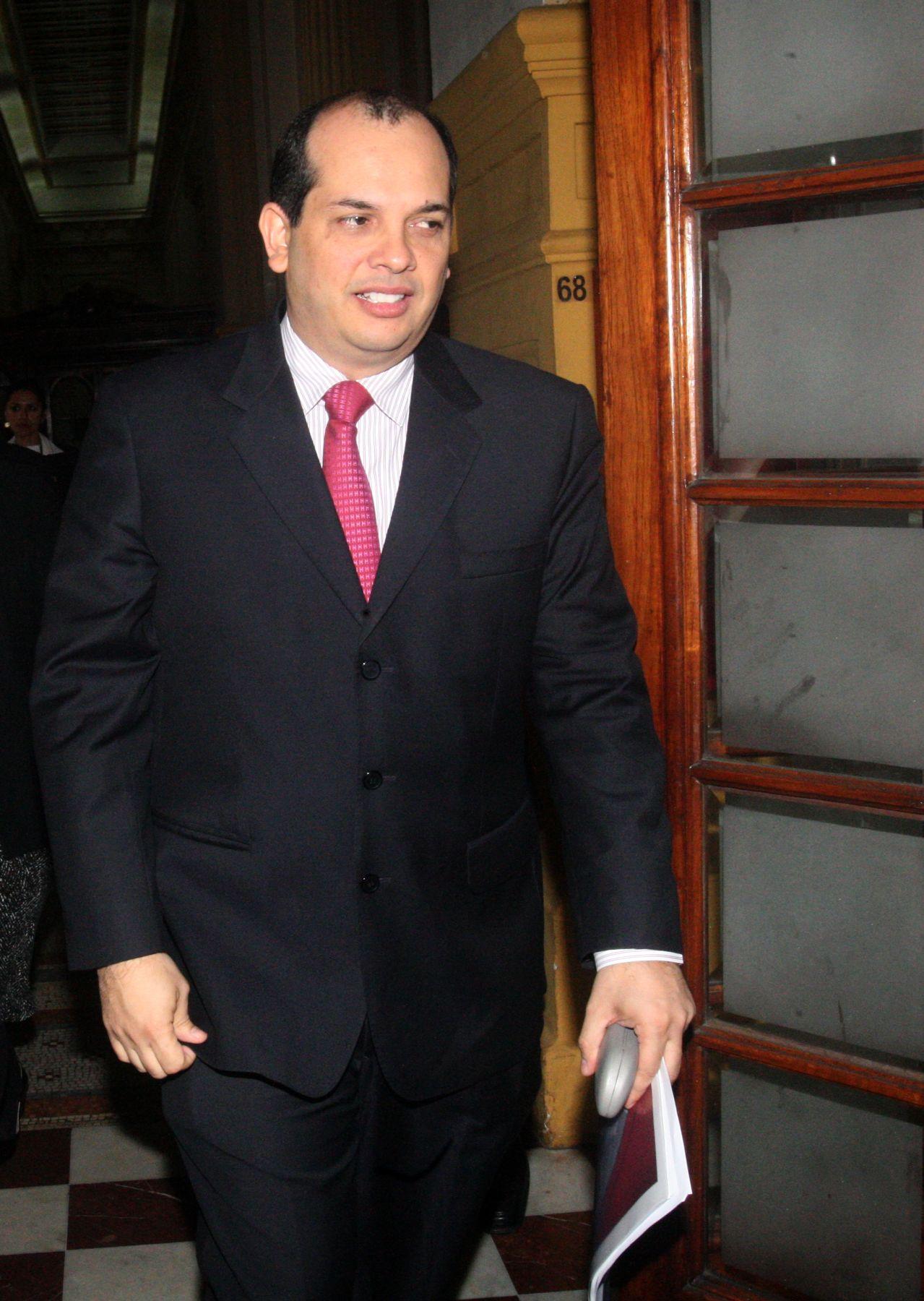 Ministro de Economía Luis Miguel Castilla. ANDINA/Héctor Vinces