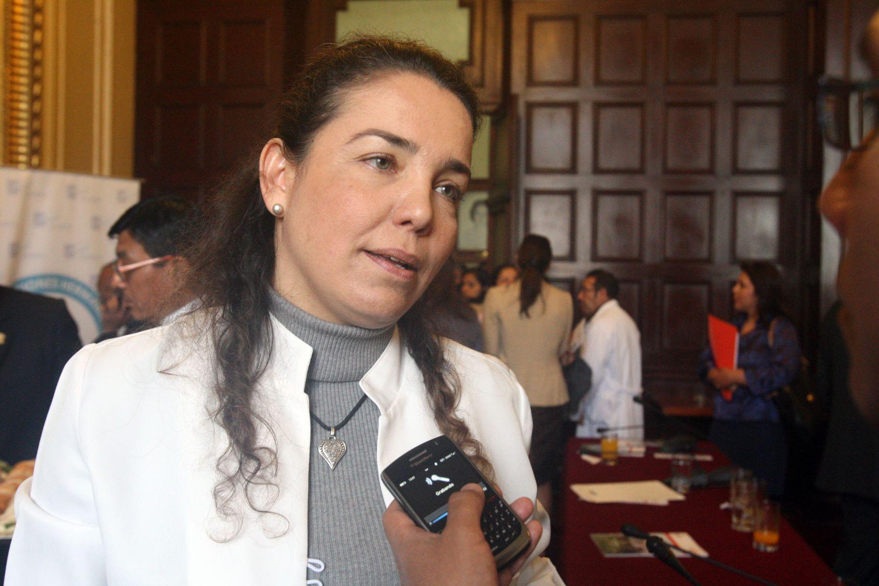 Jefa del Instituto Nacional de Enfermedades Neoplásicas (Inen), Tatiana Vidaurre. ANDINA/Héctor Vinces