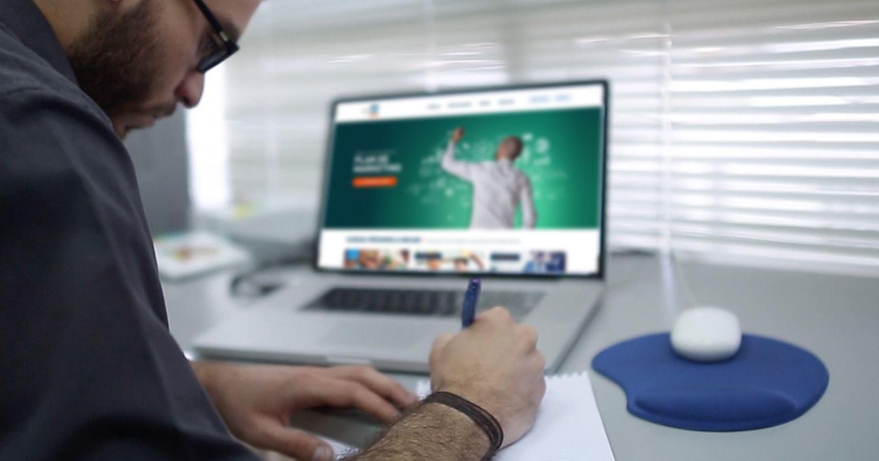 Inversión en tecnología digital. ANDINA/Difusión