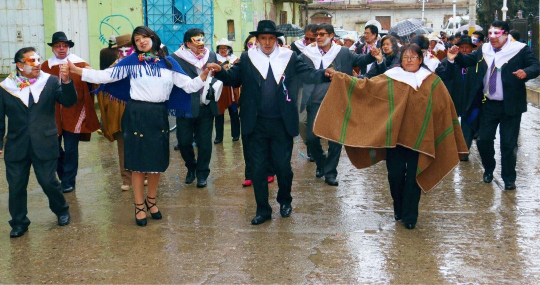 """La Municipalidad Provincial de Pasco anunció hoy que del 12 al 16 de marzo se realizará la 136° edición del """"Carnaval Cerreño y Homenaje a la Muliza"""", festividad cultural que se celebra en la ciudad más altoandina del Perú, ubicada a más de 4,000 metros sobre el nivel del mar."""