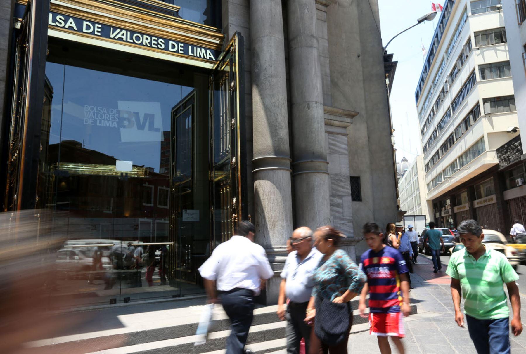 Bolsa de Valores de Lima finaliza sesión con leves alzas: sube 0.60%
