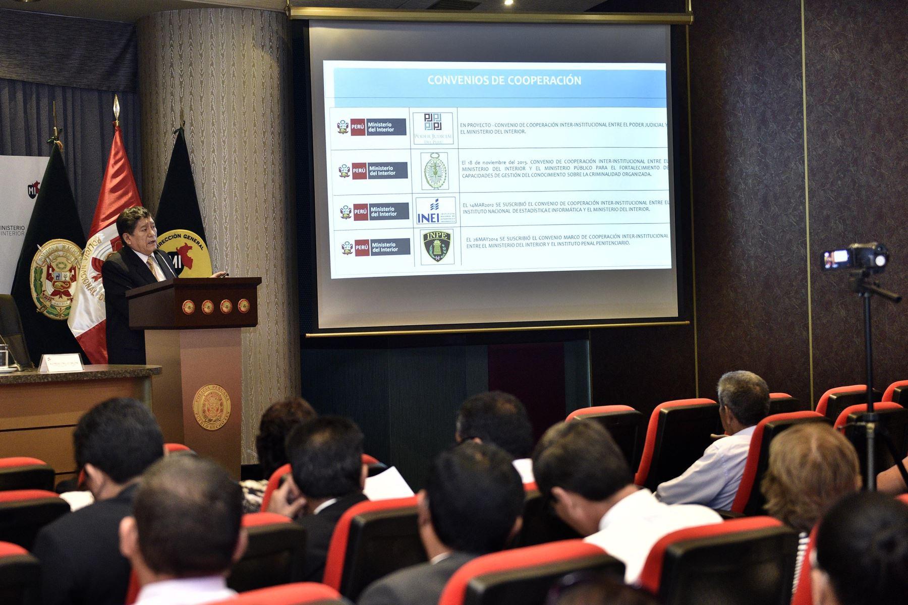 Seminario de capacitación a policías sobre lavado de activos. Foto: Andina/Difusión