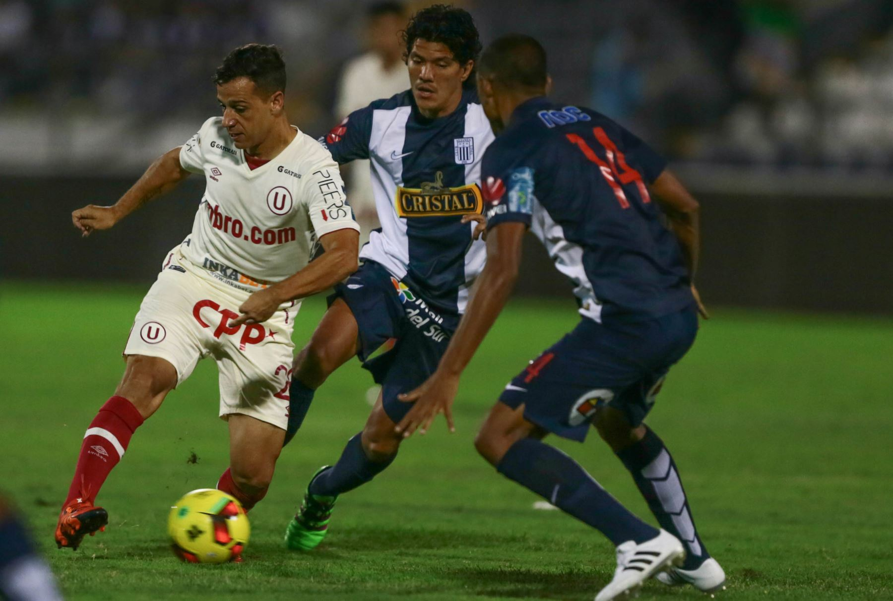 Clásico Alianza Lima-\