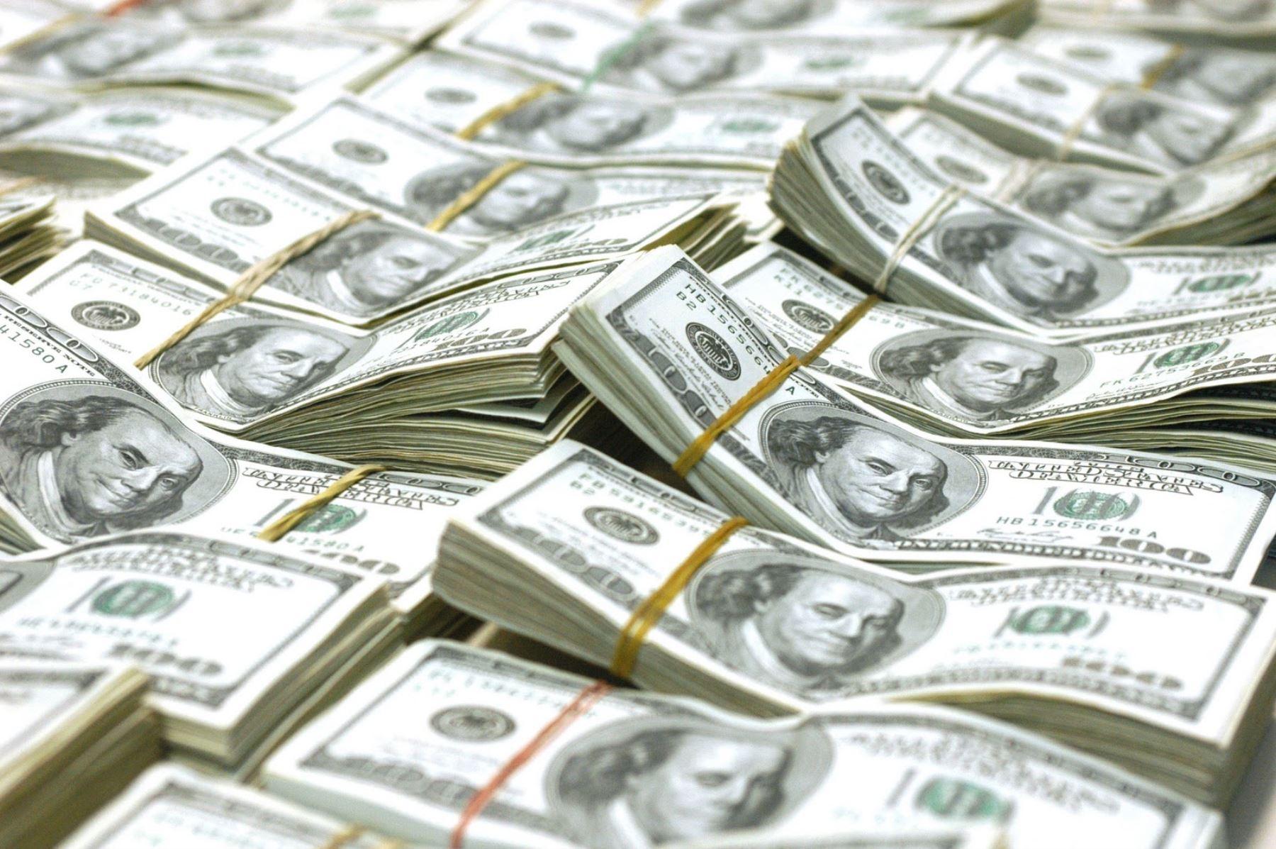 Regulación para asegurar origen legal de depósitos en dolares. INTERNET/Medios